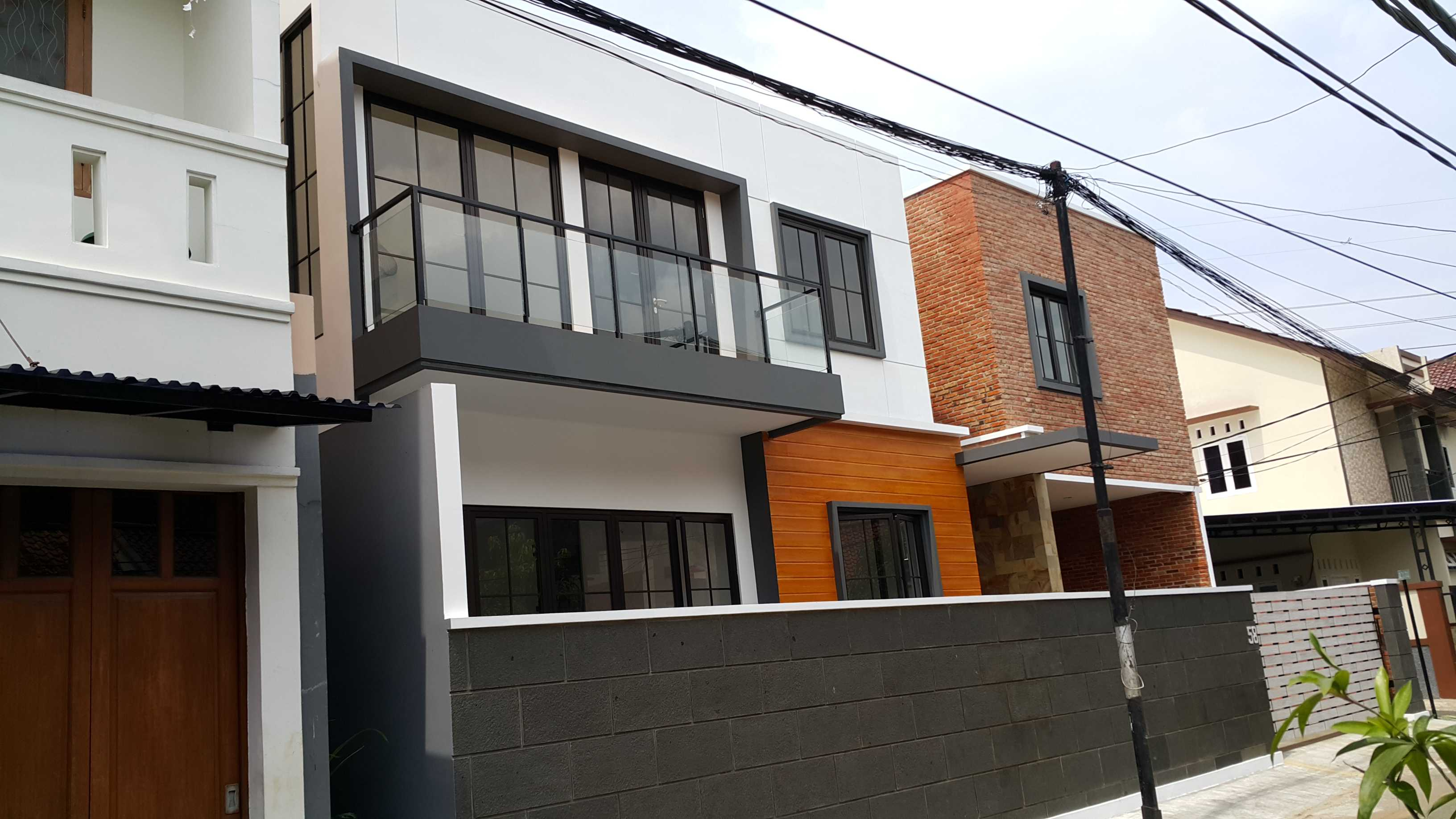 Bral Architect Satria Residence Pasar Minggu, South Jakarta City, Jakarta, Indonesia Pasar Minggu, Jakarta Side View Modern  24912