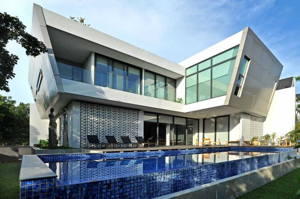 Ivan Priatman Architecture Ddyw Residence Surabaya, Kota Sby, Jawa Timur, Indonesia Surabaya Swimming Pool Area   23714