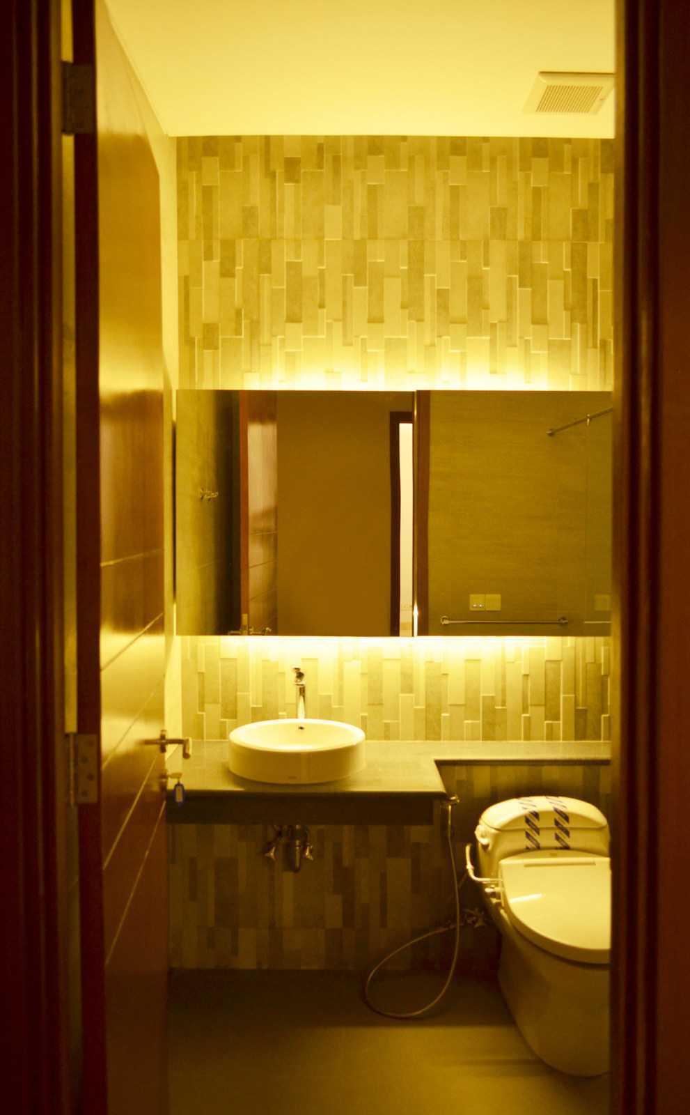 X3M Architects Nittaya A3 15 House Bsd Bsd Bathroom   25306
