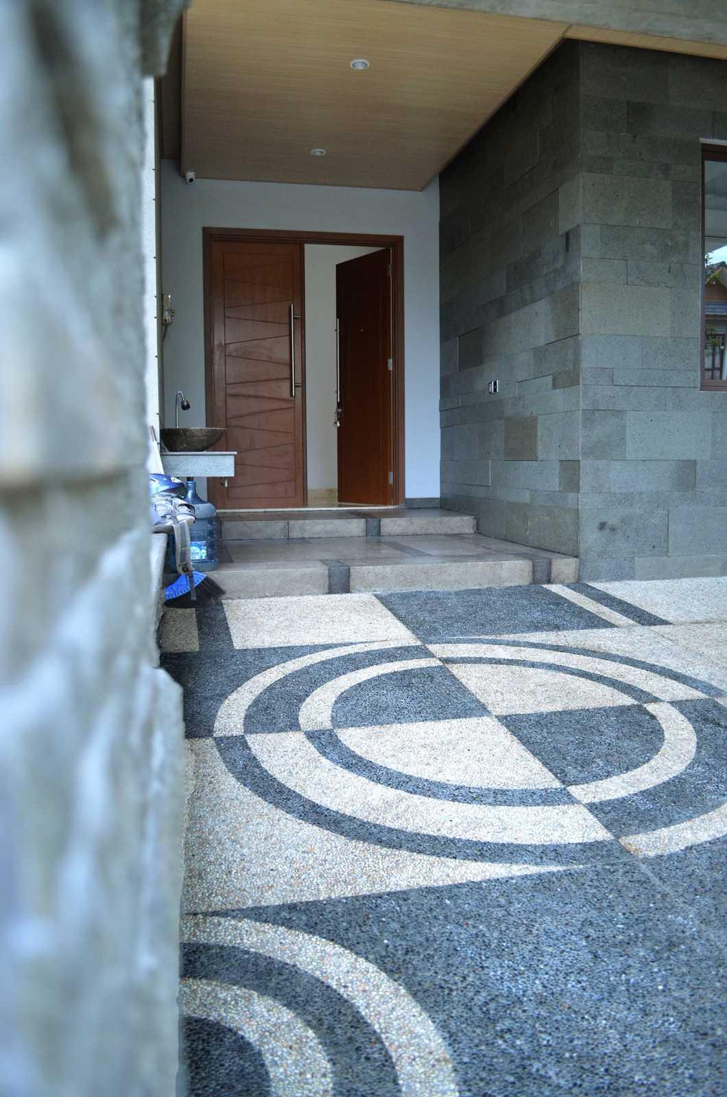 X3M Architects Nittaya A3 15 House Bsd Bsd Front View   25312