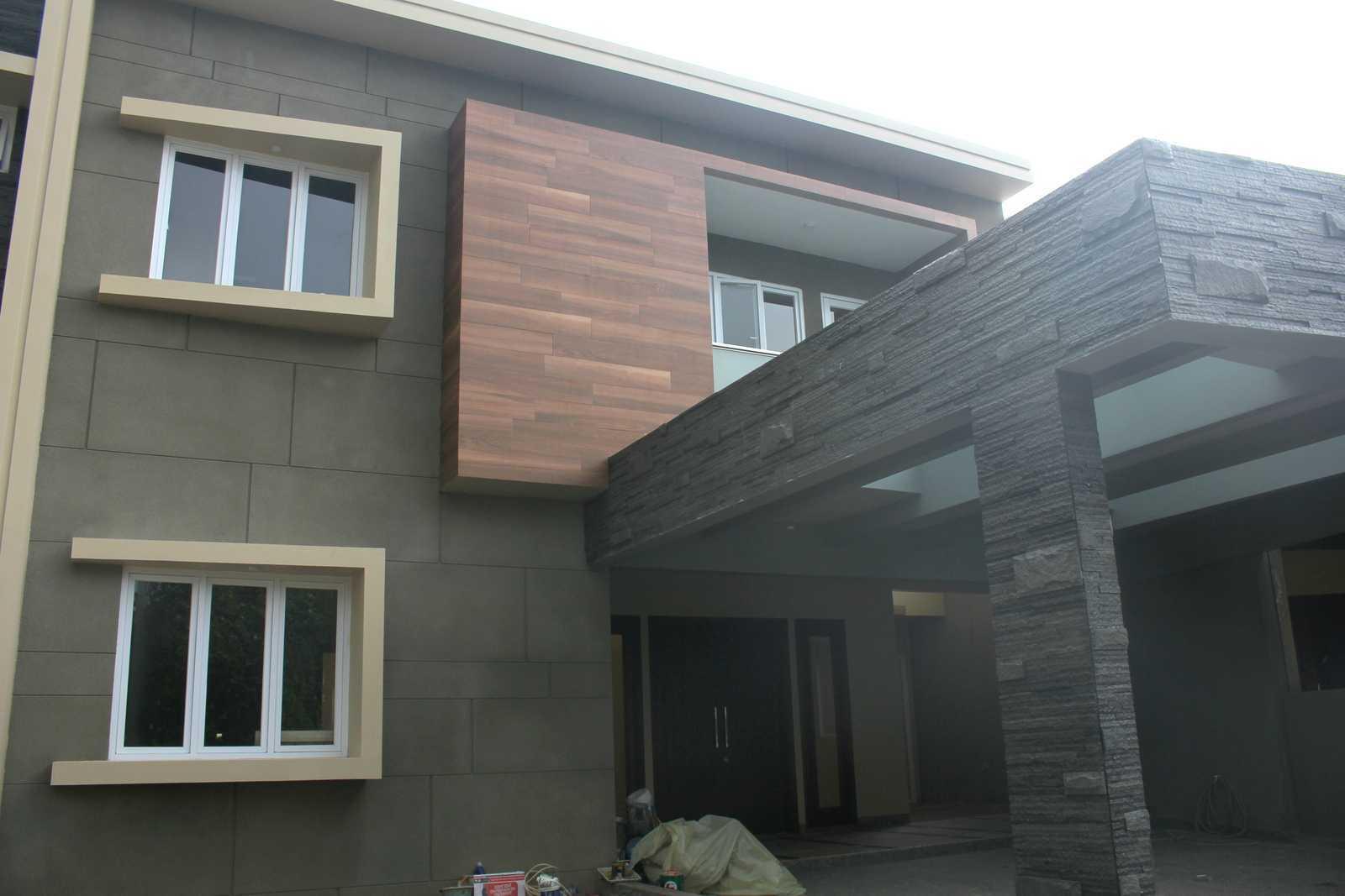 X3M Architects Beringin Golf Residence Jl. Cendana Golf No.2, Bencongan, Klp. Dua, Tangerang, Banten 15810, Indonesia Jl. Cendana Golf No.2, Bencongan, Klp. Dua, Tangerang, Banten 15810, Indonesia Img3144   34167
