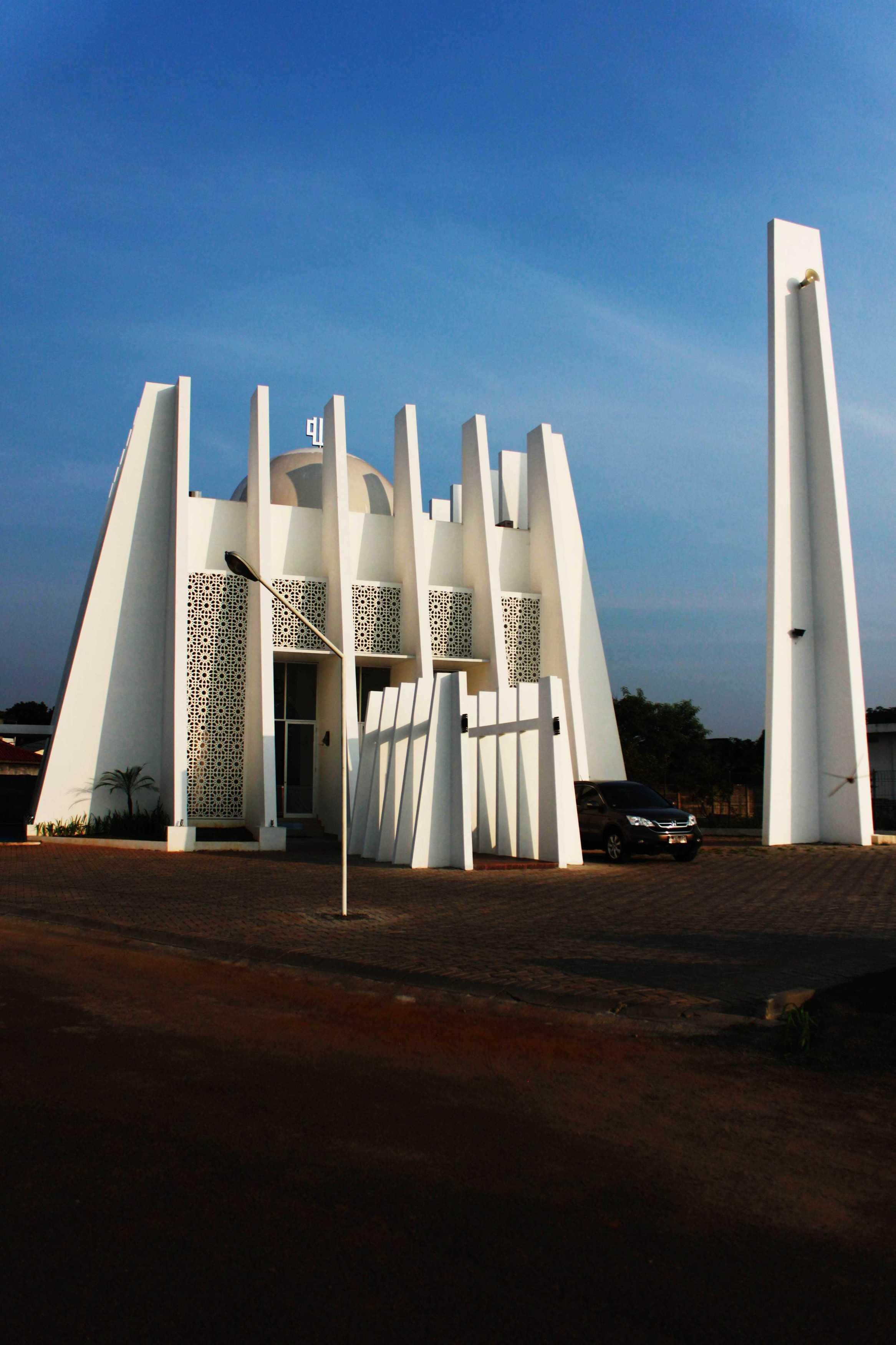 Mahastudio & Partner Masjid Permata Qolbu Permata Mediterania Residence, Jakarta Barat Permata Mediterania Residence, Jakarta Barat 1St Phase Modern  24799