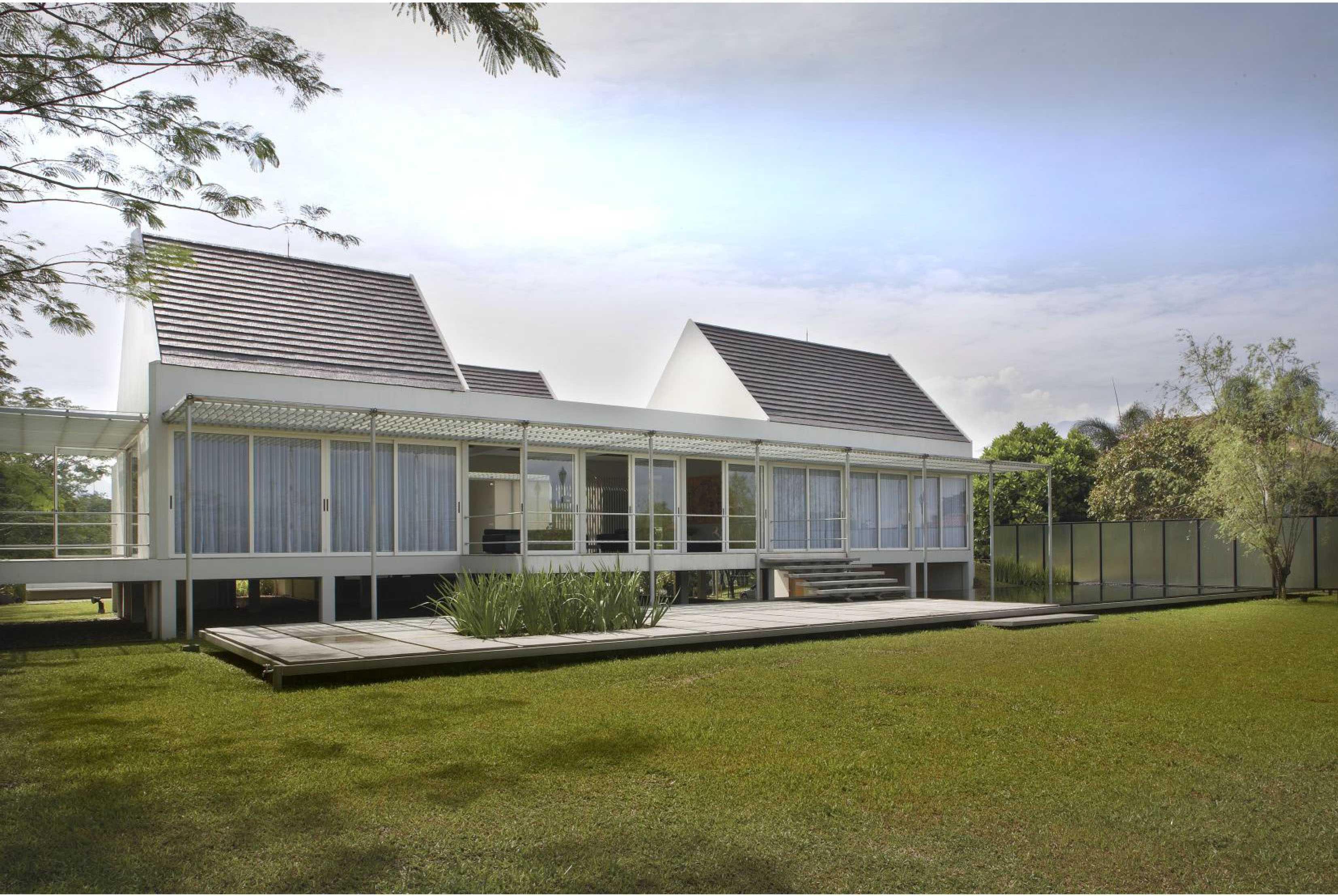 Studio Air Putih Tj_House Rancamaya, Bogor Rancamaya, Bogor Exterior View   25006