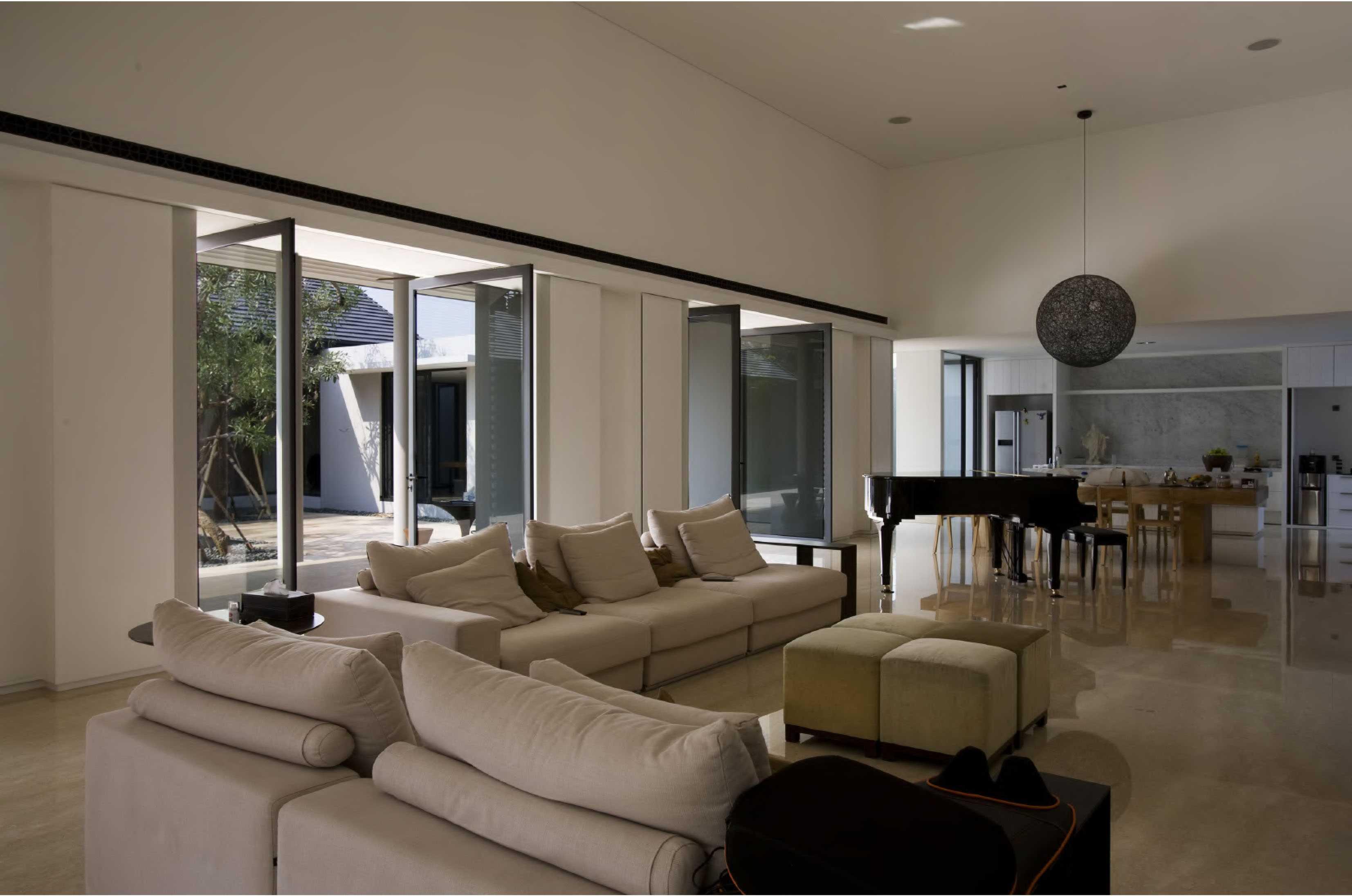 Studio Air Putih P_House Bsd, Serpong Bsd, Serpong Living Room   25074