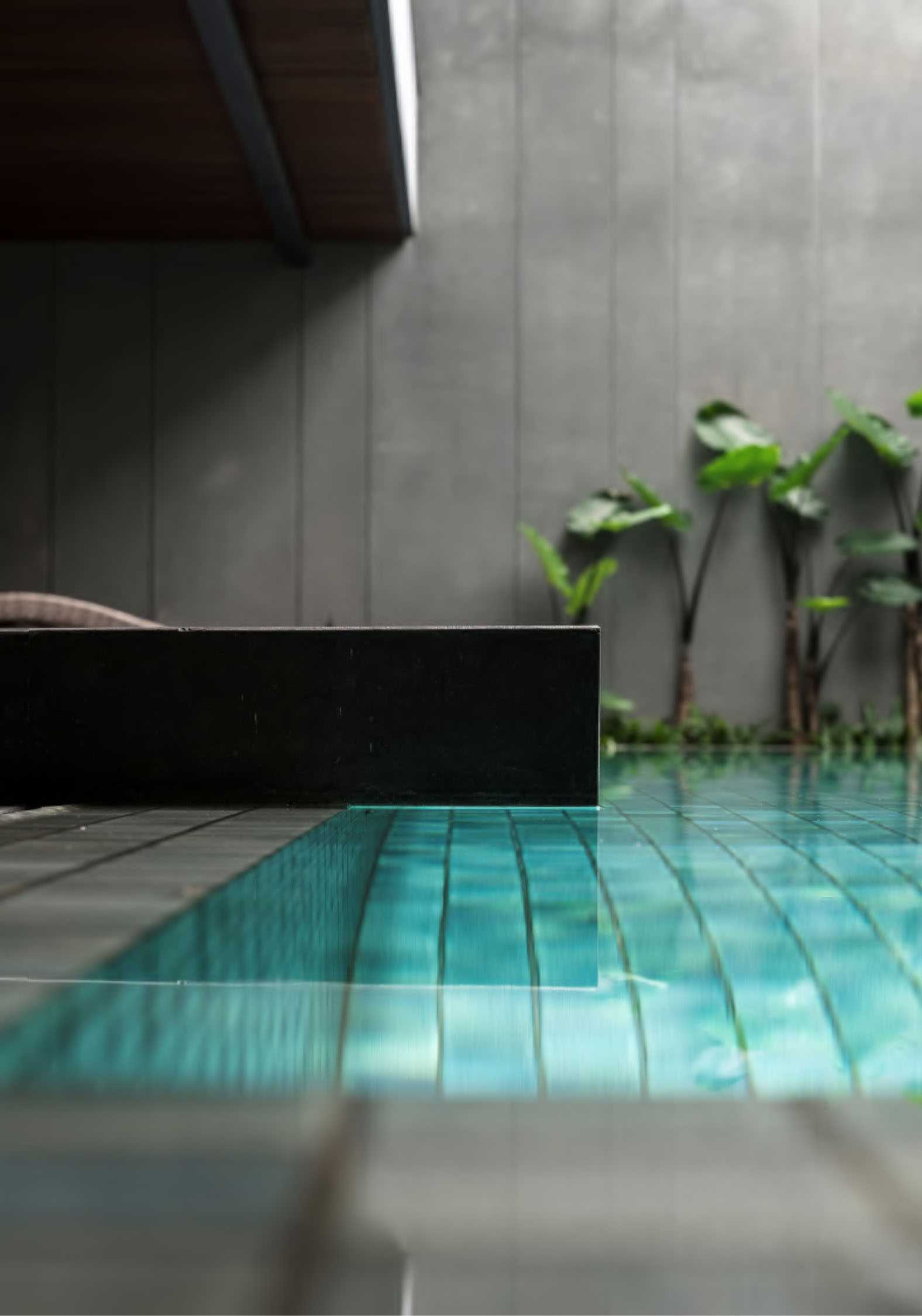 Studio Air Putih Ik_House Pondok Indah, Jakarta, Indonesia Pondok Indah, Jakarta, Indonesia Swimming Pool Kontemporer  25194