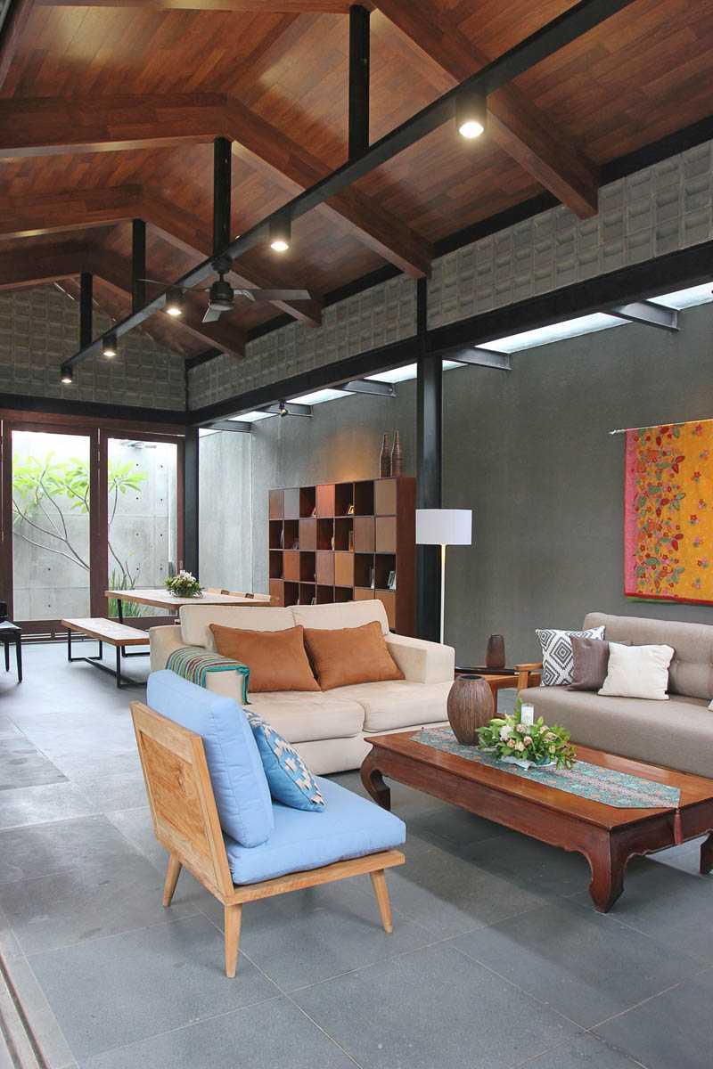 G+G Architect Studio H & I House Kota Wisata - Cibubur Kota Wisata - Cibubur Architecture-Cibubur-House-6 Industrial,wood  26939