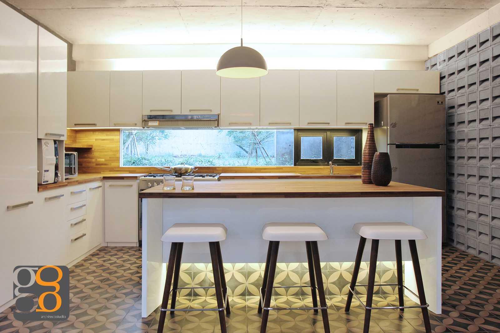 G+G Architect Studio H & I House Kota Wisata - Cibubur Kota Wisata - Cibubur Architecture-Cibubur-House-8 Industrial,wood  26941