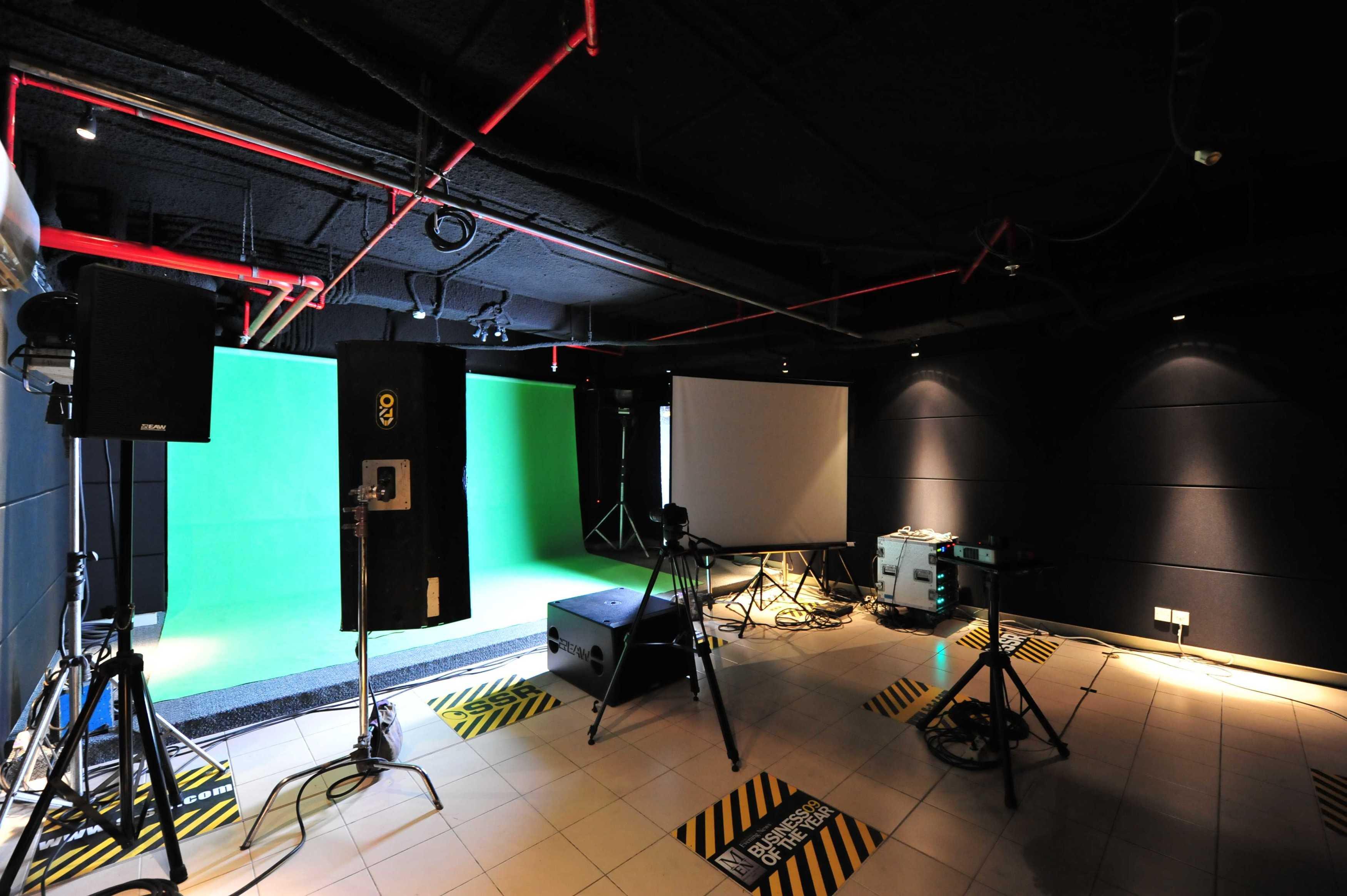 Aqustica Ssr School Of Sound Recording Jakarta Jakarta, Indonesia Jakarta, Indonesia 19-Green-Room Modern  29760