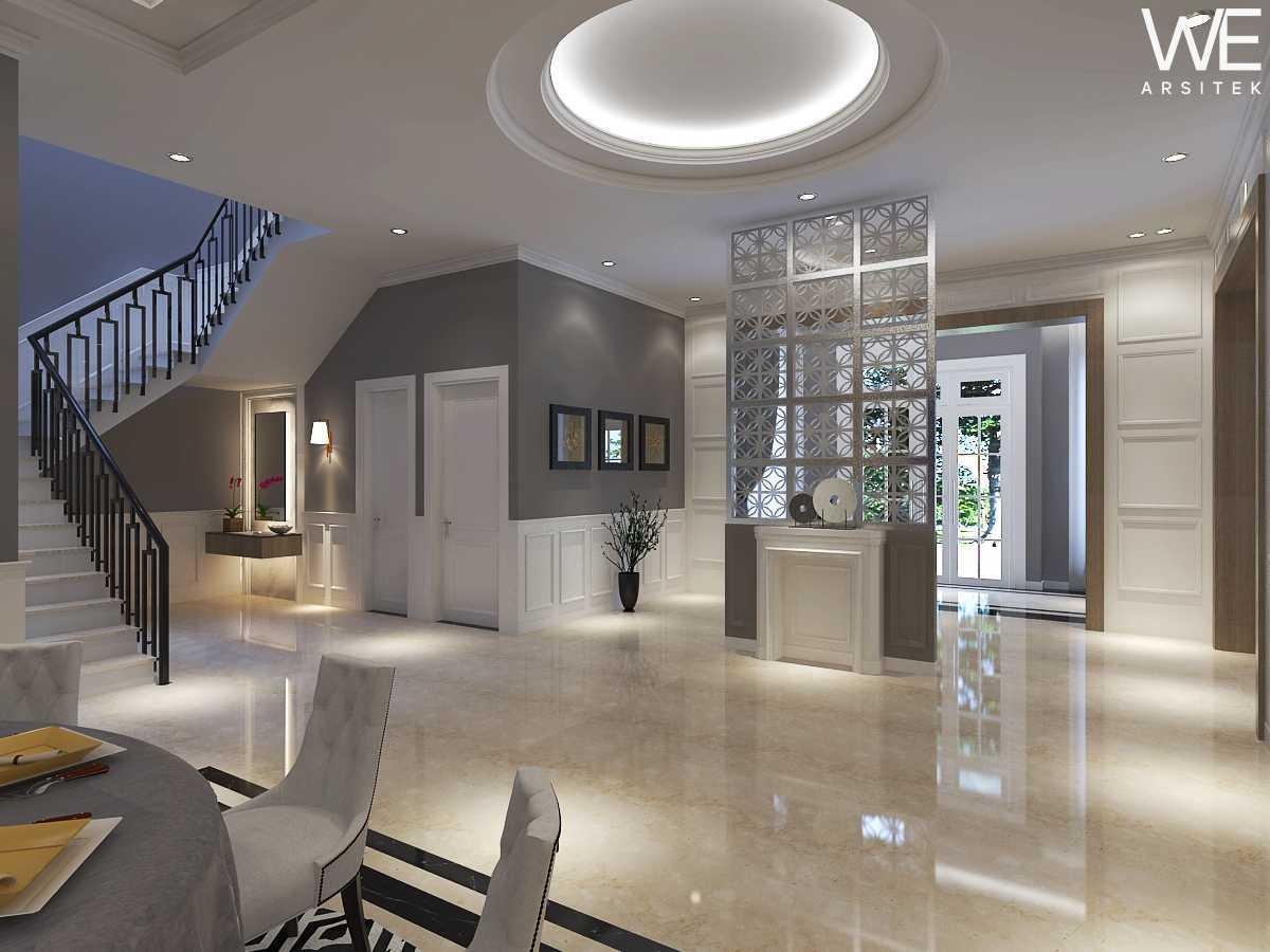We Arsitek Jh's Residence - Classic Style Medan, Kota Medan, Sumatera Utara, Indonesia Medan, Kota Medan, Sumatera Utara, Indonesia Foyer Klasik  45809