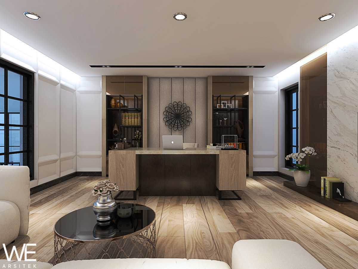 We Arsitek Wh's Residence - Contemporary Style Medan, Kota Medan, Sumatera Utara, Indonesia Medan, Kota Medan, Sumatera Utara, Indonesia Office Room   45822