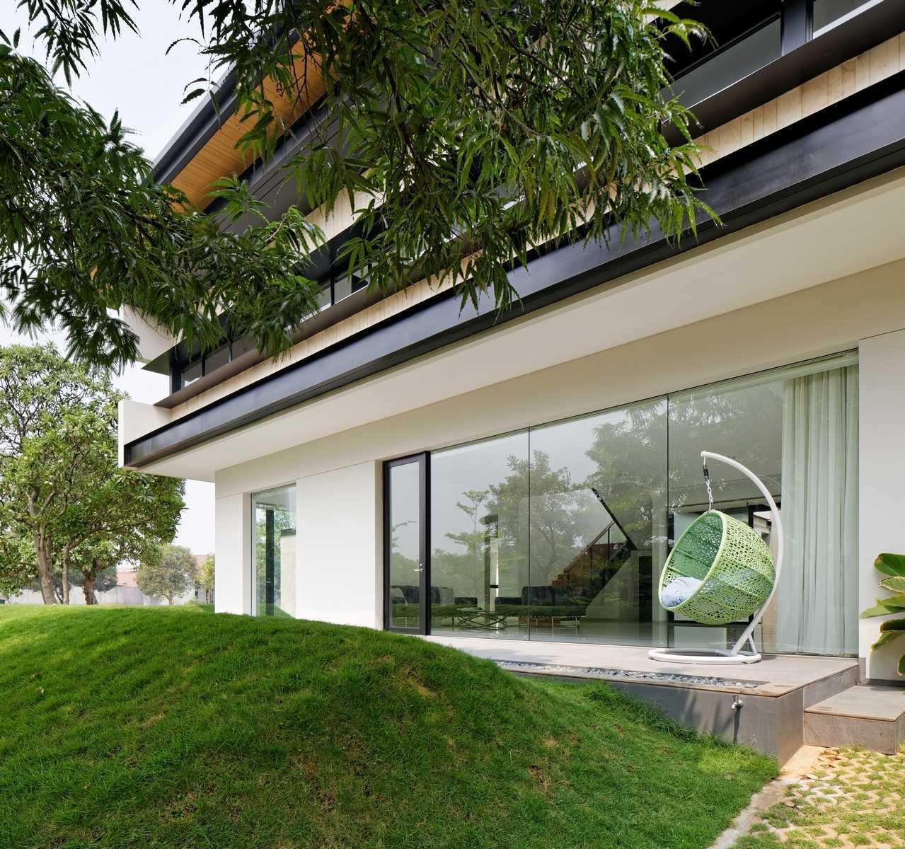 Axialstudio Rs House Alam Sutera - Tangerang Alam Sutera - Tangerang Exterior View Modern  29249
