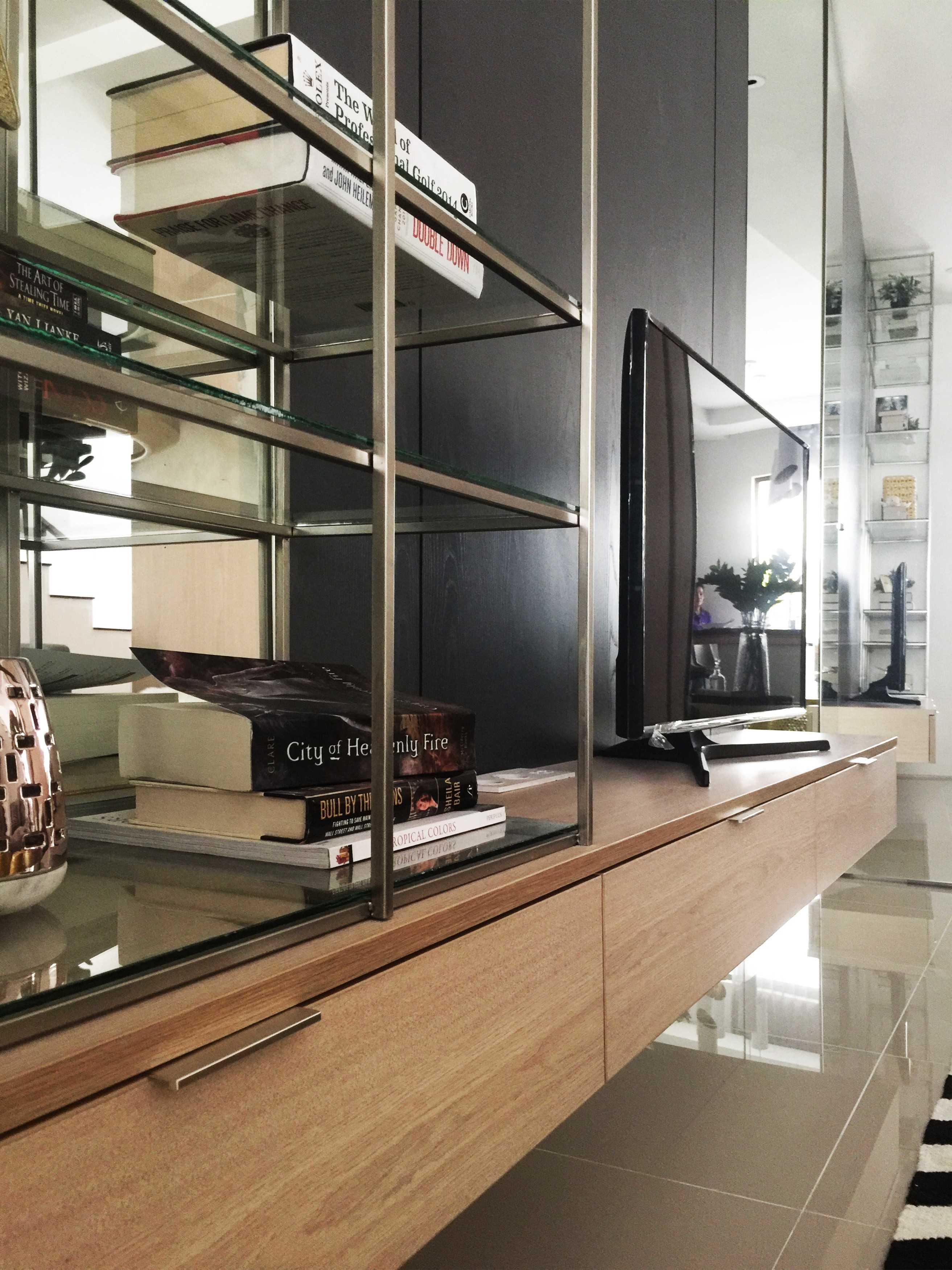 Koma Graha Natura Blok Aa Surabaya Surabaya Graha-Natura-Aa-23-Livingroom-7 Kontemporer,minimalis  29478