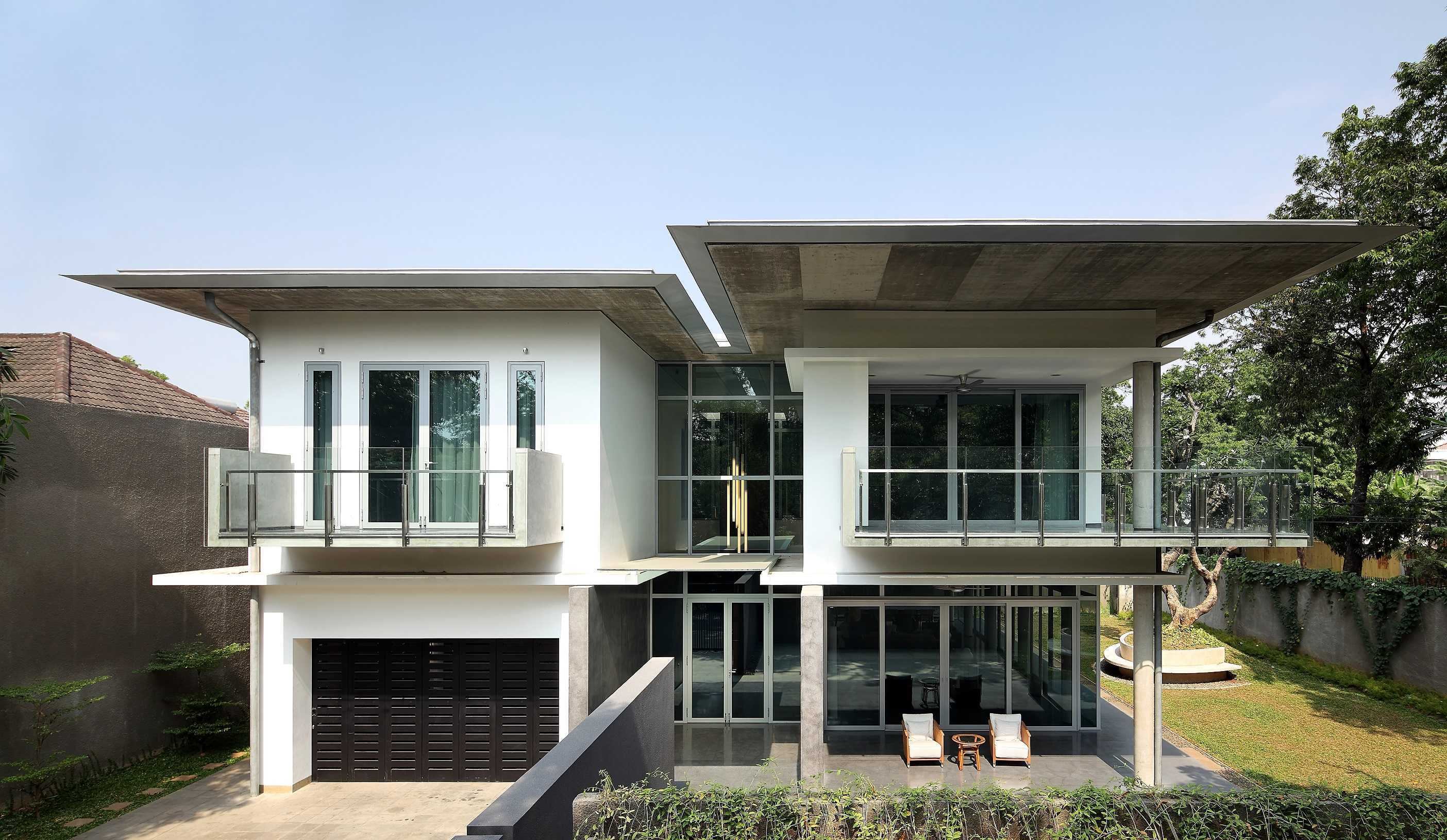 Irianto Purnomo Hadi Swiss Embassy  Jakarta, Indonesia Front View Modern  30237