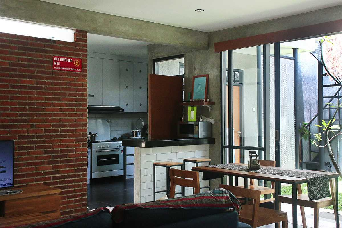 Lukie Widya - Luwist Spatial A+A House Bandung, Bandung City, West Java, Indonesia Bandung, Bandung City, West Java, Indonesia Img7498Re Modern  31896