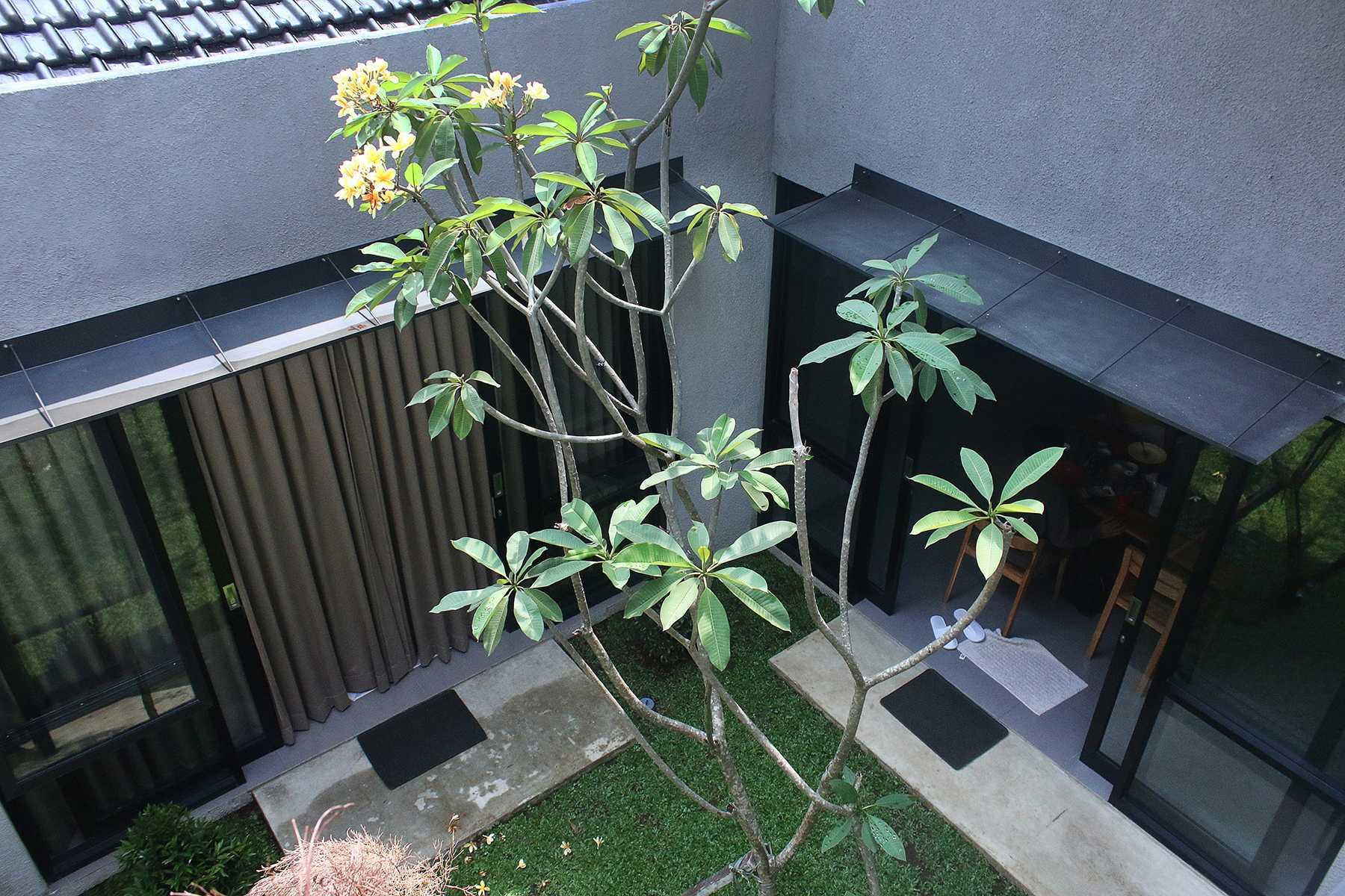 Lukie Widya - Luwist Spatial A+A House Bandung, Bandung City, West Java, Indonesia Bandung, Bandung City, West Java, Indonesia Img7375E Modern  31898