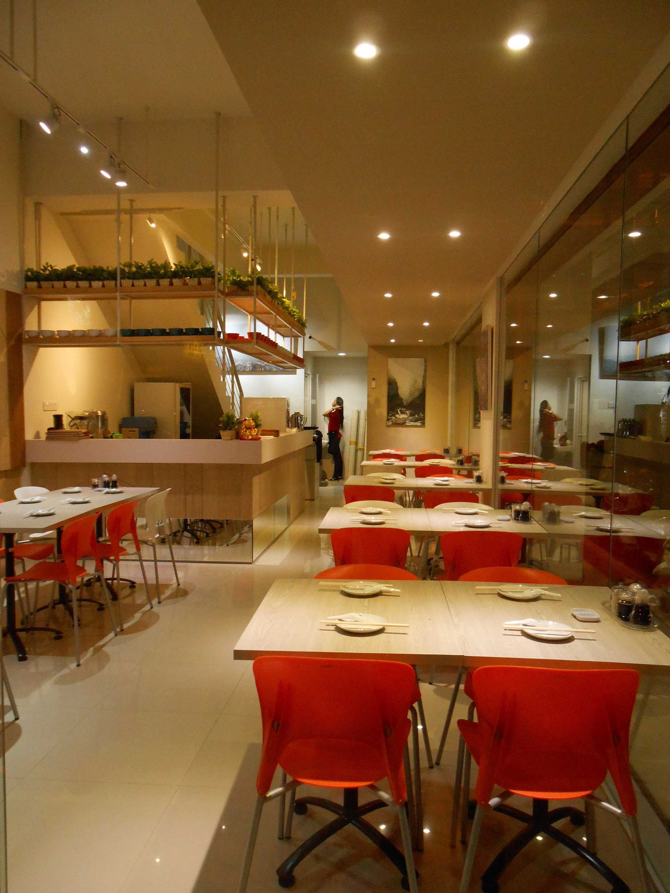 Studio Tektonik Resto Xian Feng Di Golden Boulevard, Jl. Raya Serpong, Lengkong Karya, Serpong Utara, Kota Tangerang Selatan, Banten 15310, Indonesia  003-Lr-2 Modern,asian  31680