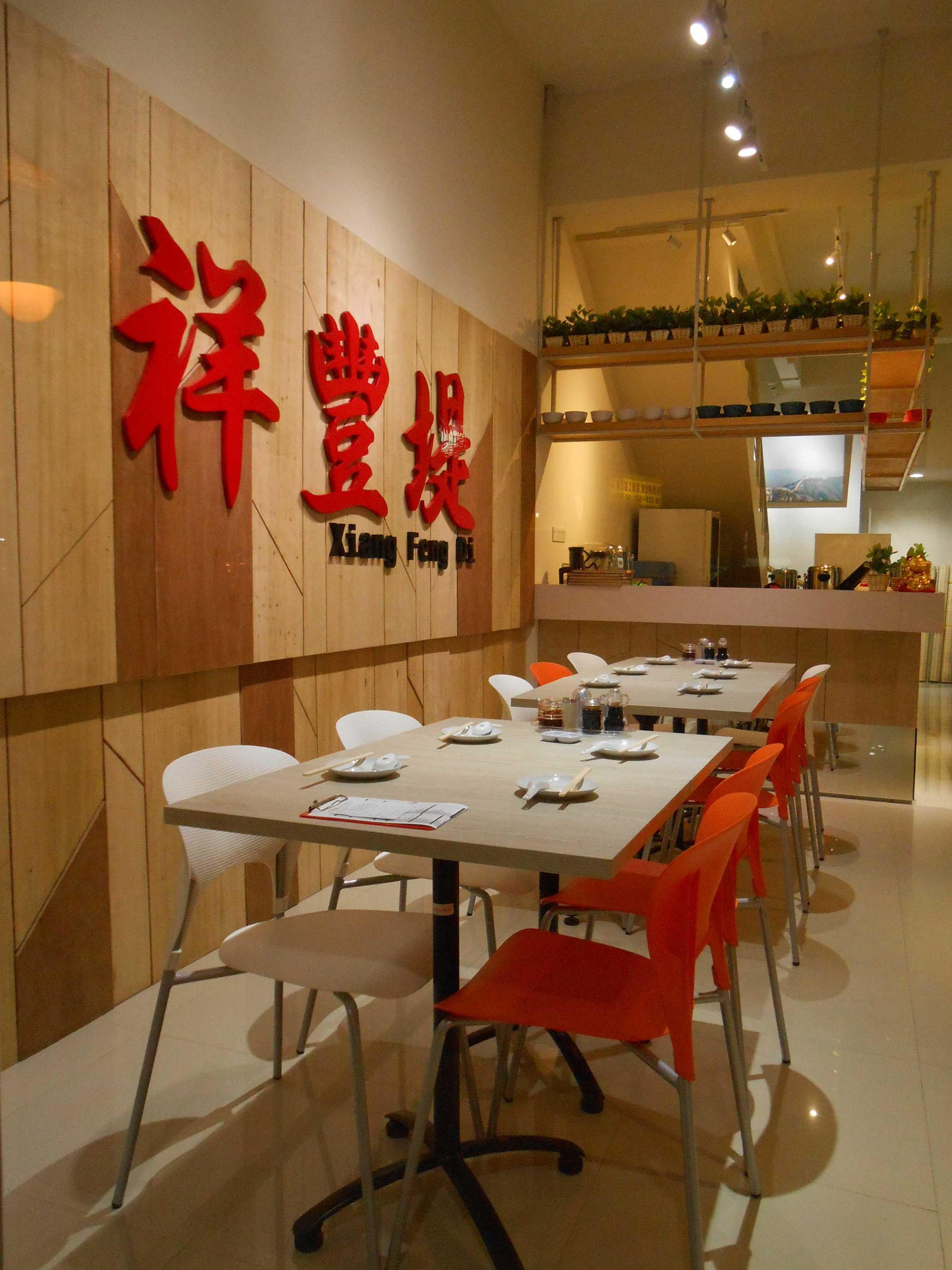 Studio Tektonik Resto Xian Feng Di Golden Boulevard, Jl. Raya Serpong, Lengkong Karya, Serpong Utara, Kota Tangerang Selatan, Banten 15310, Indonesia  007-Lr-2 Modern,asian  31681