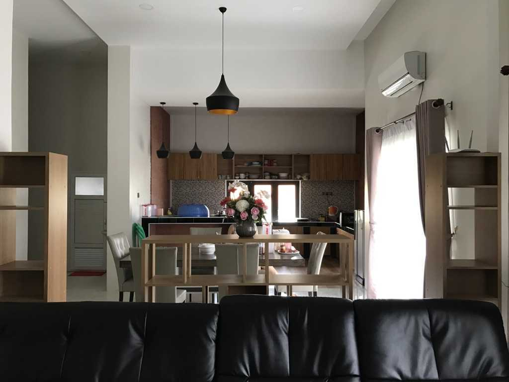 Ardea Architects Guest House - Pt.japfa Myo Thar, Myanmar (Burma) Myo Thar, Myanmar (Burma) Interior Industrial  40406