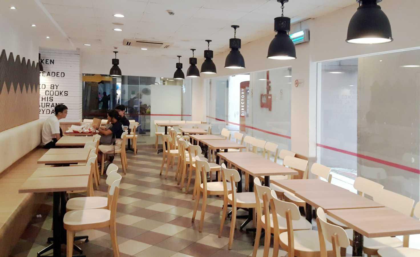 Minimmax Interiors Pte Ltd Kfc Admiralty Place Woodlands Ave 6, Singapura Woodlands Ave 6, Singapura Seating Area Interior View Kontemporer  38535