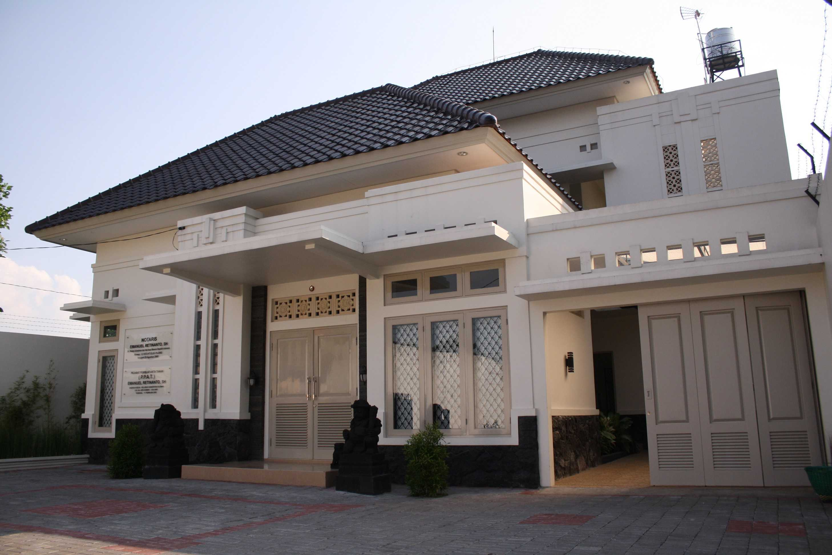 Vastu Cipta Persada Notary Office Daerah Istimewa Yogyakarta, Indonesia Daerah Istimewa Yogyakarta, Indonesia Side View Art Deco  39444