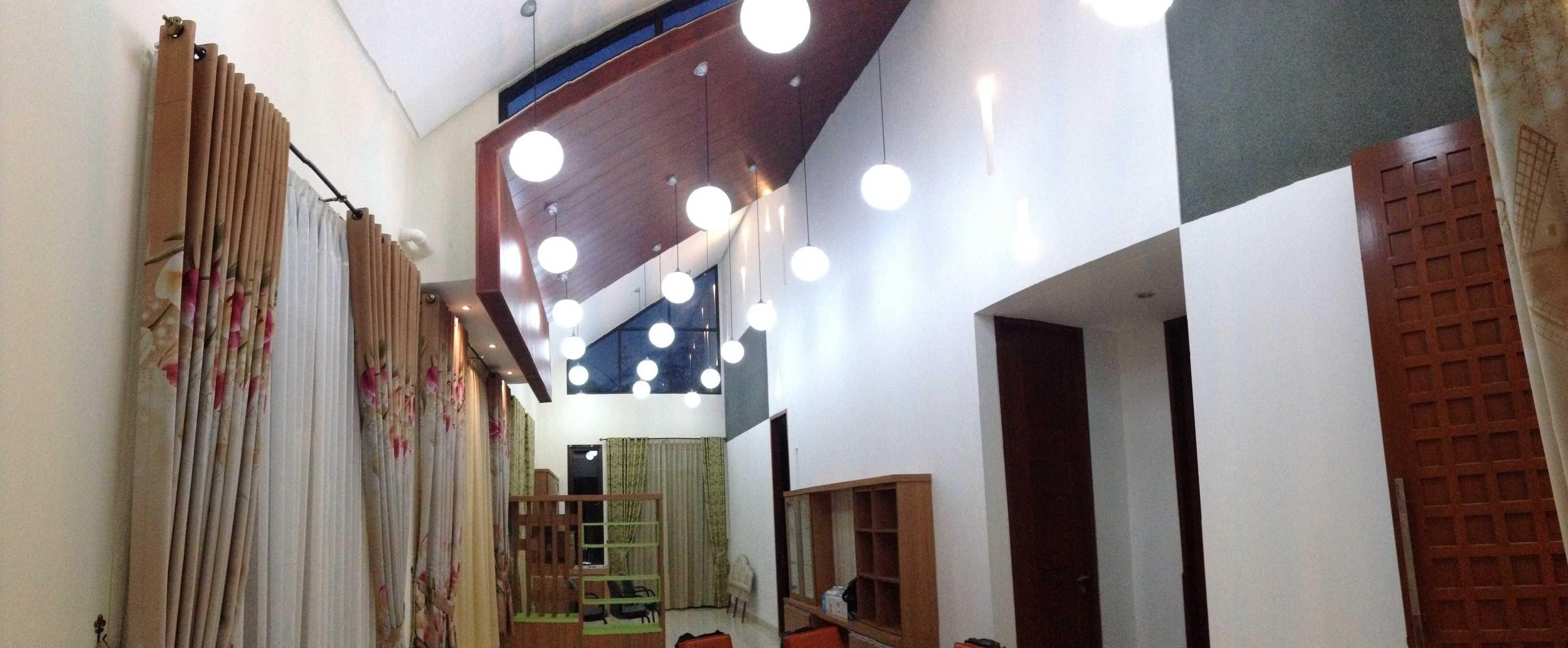 Pda Arsitek Rumah Kamboja Depok, Kota Depok, Jawa Barat, Indonesia Depok, Kota Depok, Jawa Barat, Indonesia Living Room Modern  39629