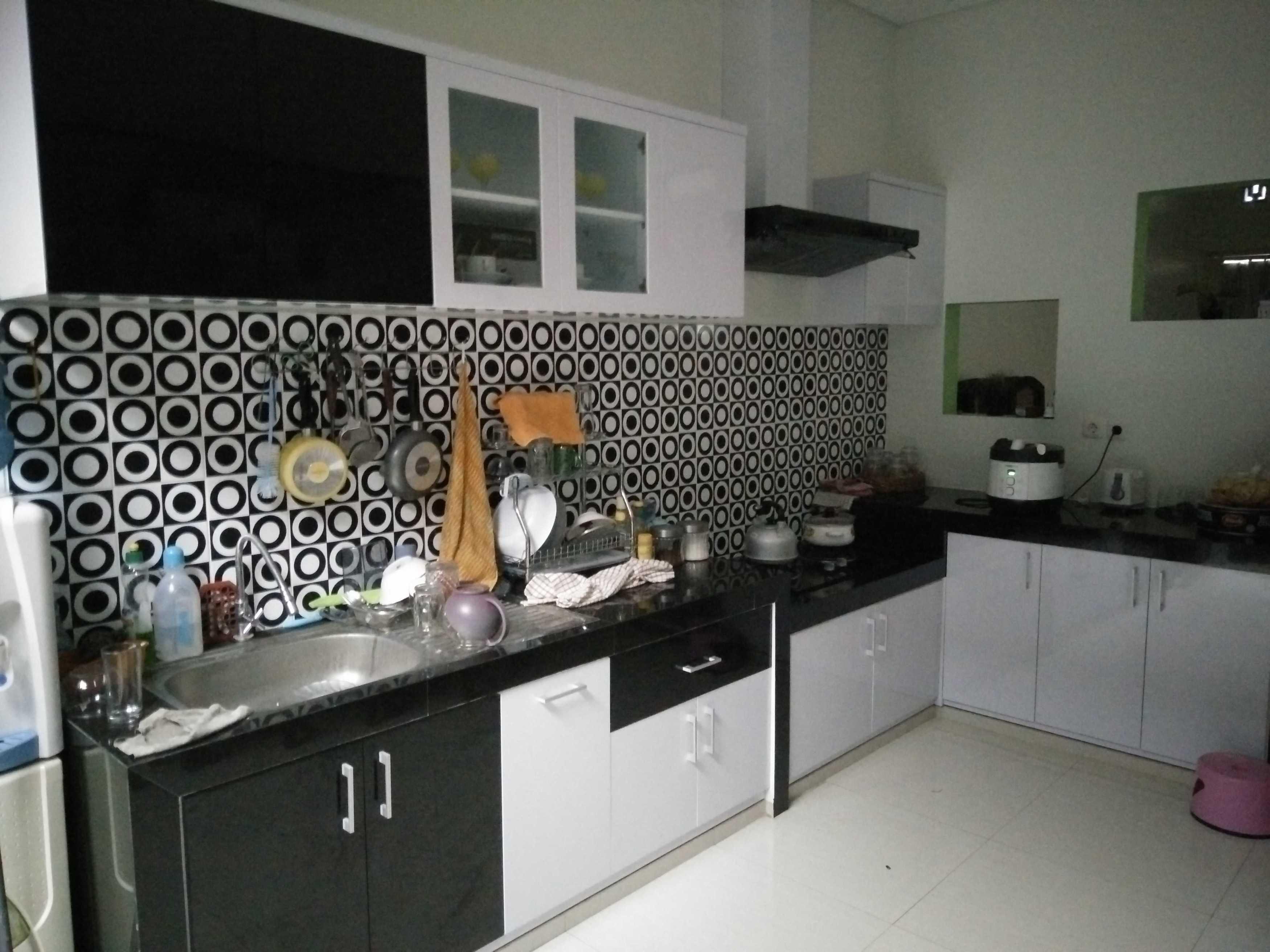 Trend Arch Kitchen Set Pandaan, Pasuruan, Jawa Timur, Indonesia Pandaan, Pasuruan, Jawa Timur, Indonesia Kitchen Set Minimalis  41638