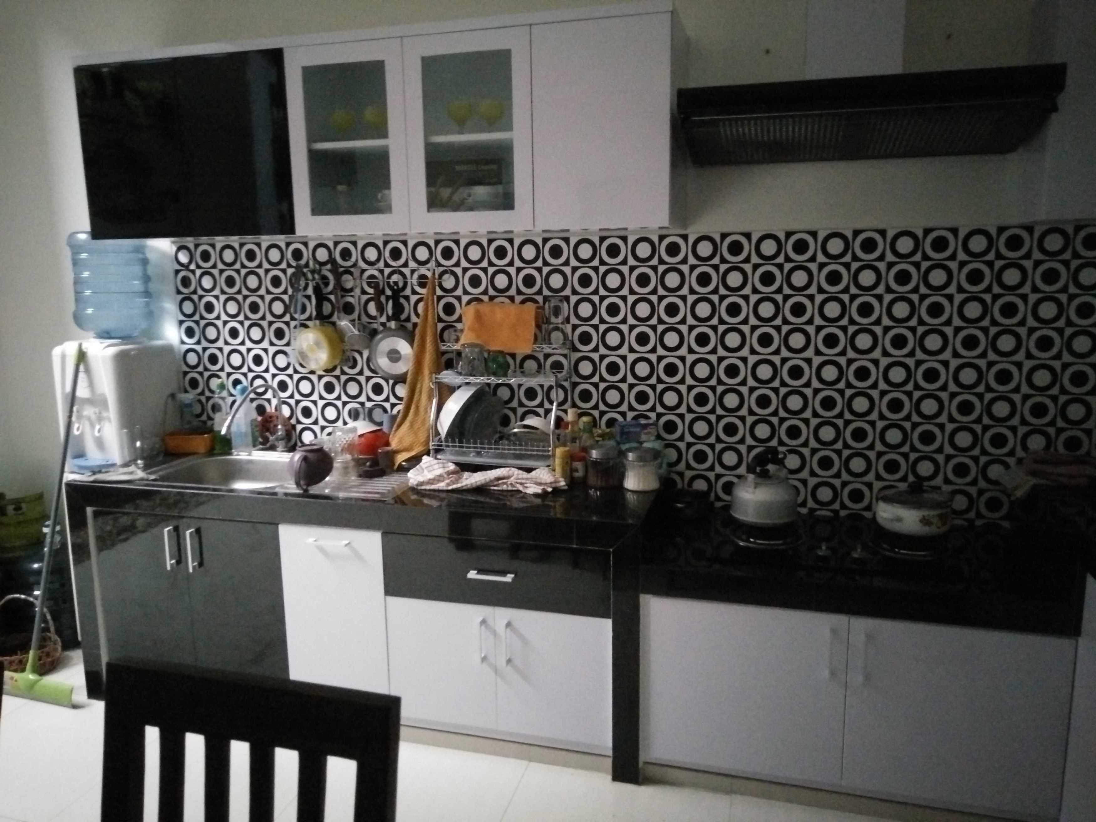 Trend Arch Kitchen Set Pandaan, Pasuruan, Jawa Timur, Indonesia Pandaan, Pasuruan, Jawa Timur, Indonesia Kitchen Set Minimalist  41639