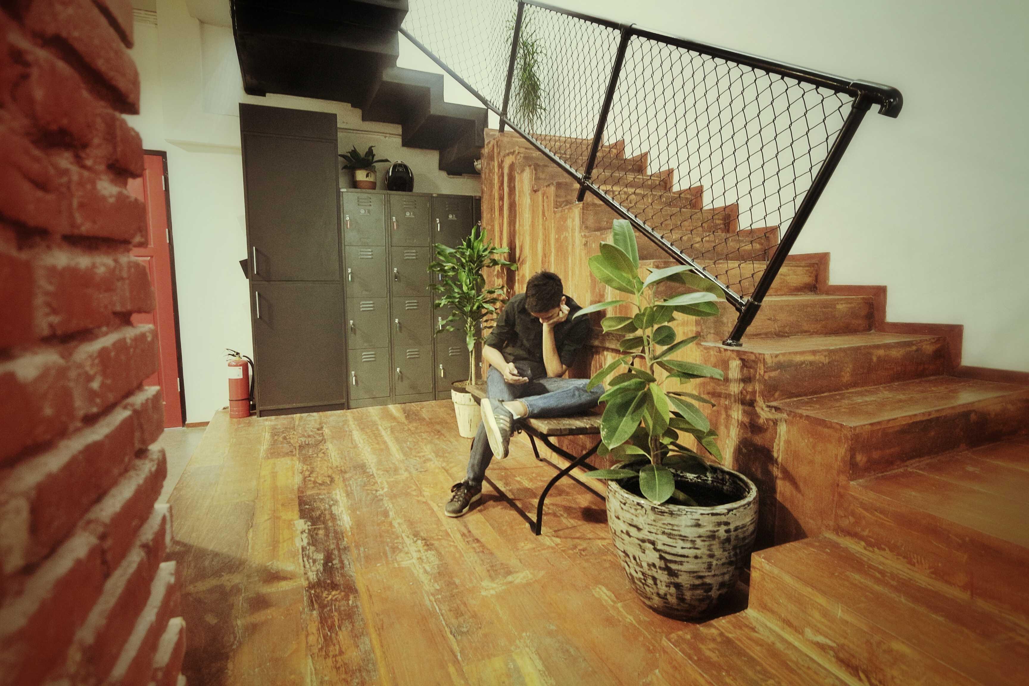 Kotak Design Tier Space Interior Jakarta, Daerah Khusus Ibukota Jakarta, Indonesia Jakarta, Daerah Khusus Ibukota Jakarta, Indonesia Tier Space Interior - Locker Area   45466