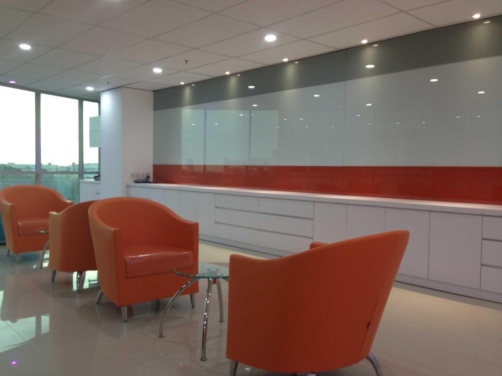Roemah Cantik Marketing Office Palembang, Kota Palembang, Sumatera Selatan, Indonesia Palembang, Kota Palembang, Sumatera Selatan, Indonesia Seating Area   43141