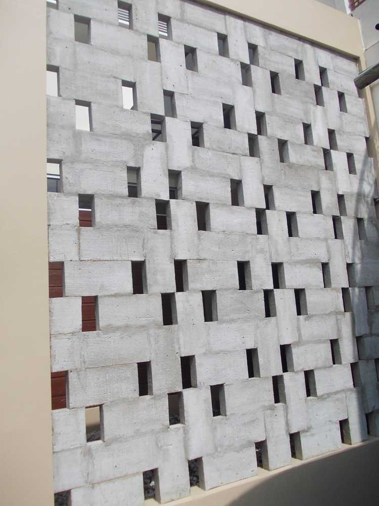 Cv. Griya Cipta Studio Dapur Sentarum Pontianak, Kota Pontianak, Kalimantan Barat, Indonesia Pontianak, Kota Pontianak, Kalimantan Barat, Indonesia Details Tropis  46243