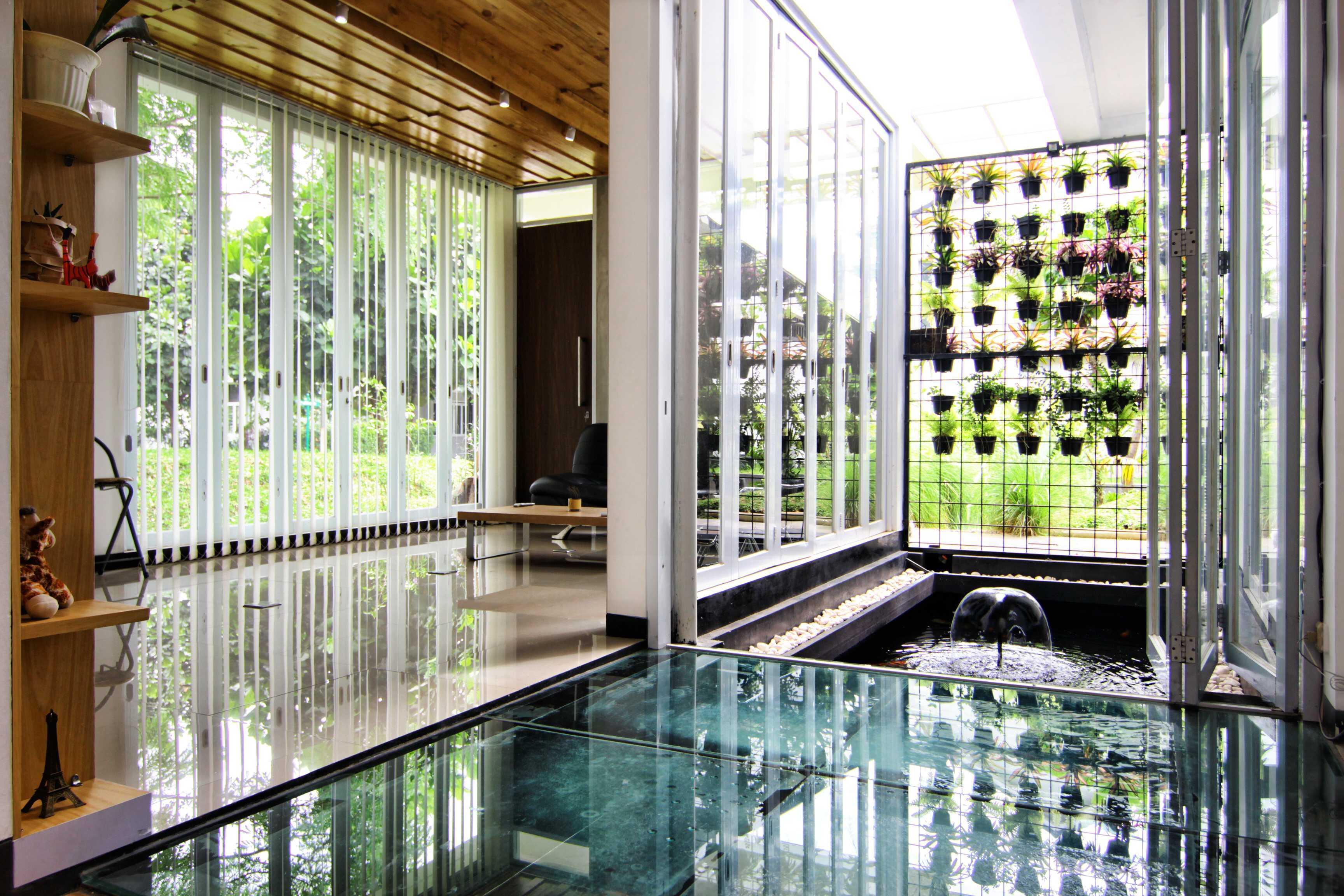Mineli Architects Al House Baros, Cimahi Tengah, Kota Cimahi, Jawa Barat, Indonesia Baros, Cimahi Tengah, Kota Cimahi, Jawa Barat, Indonesia Pond   45271