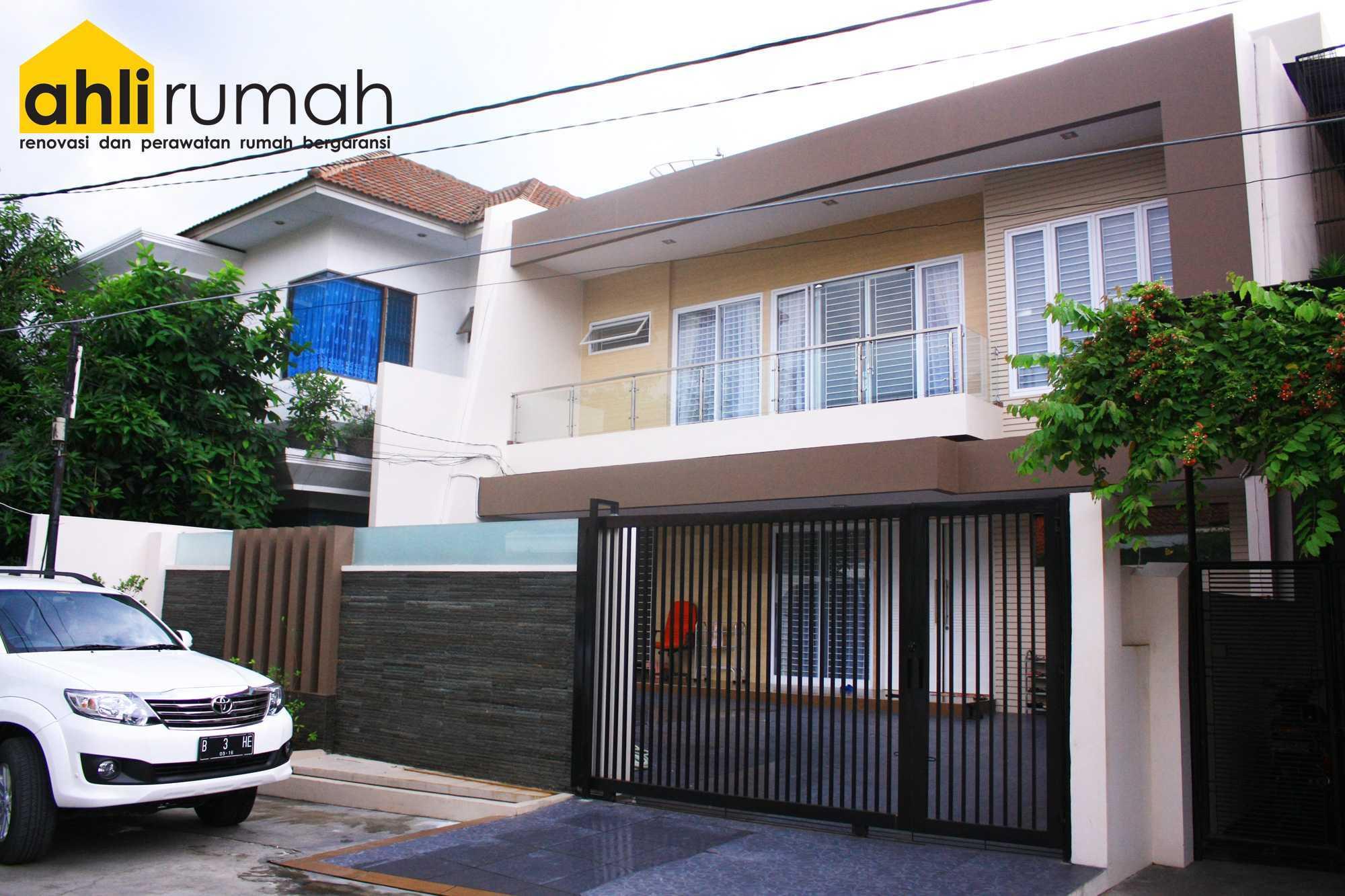 Ahlirumah.id Interior - Rumah Ibu C Daerah Khusus Ibukota Jakarta, Indonesia  Exterior View Contemporary  49164