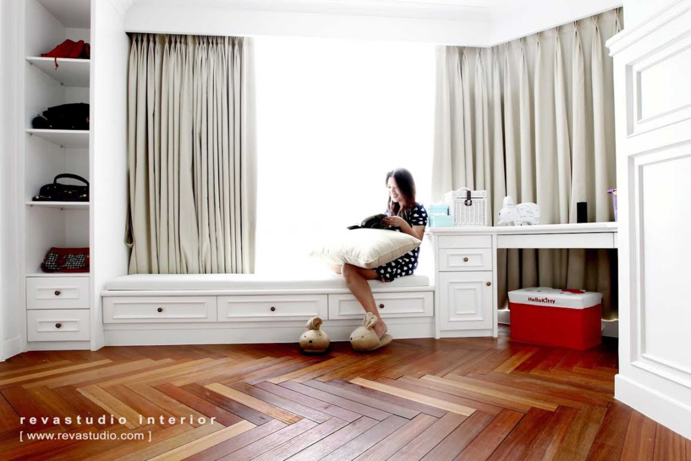 Revano Satria The Lego Apartment Jakarta, Indonesia Jakarta, Indonesia Master Bedroom   15534