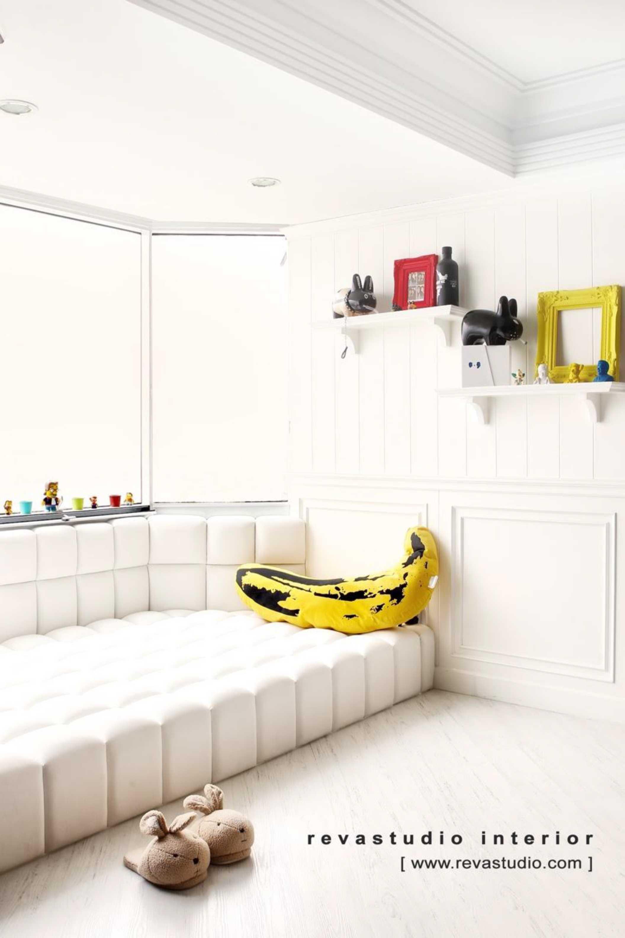 Revano Satria The Lego Apartment Jakarta, Indonesia Jakarta, Indonesia Master Bedroom   15537