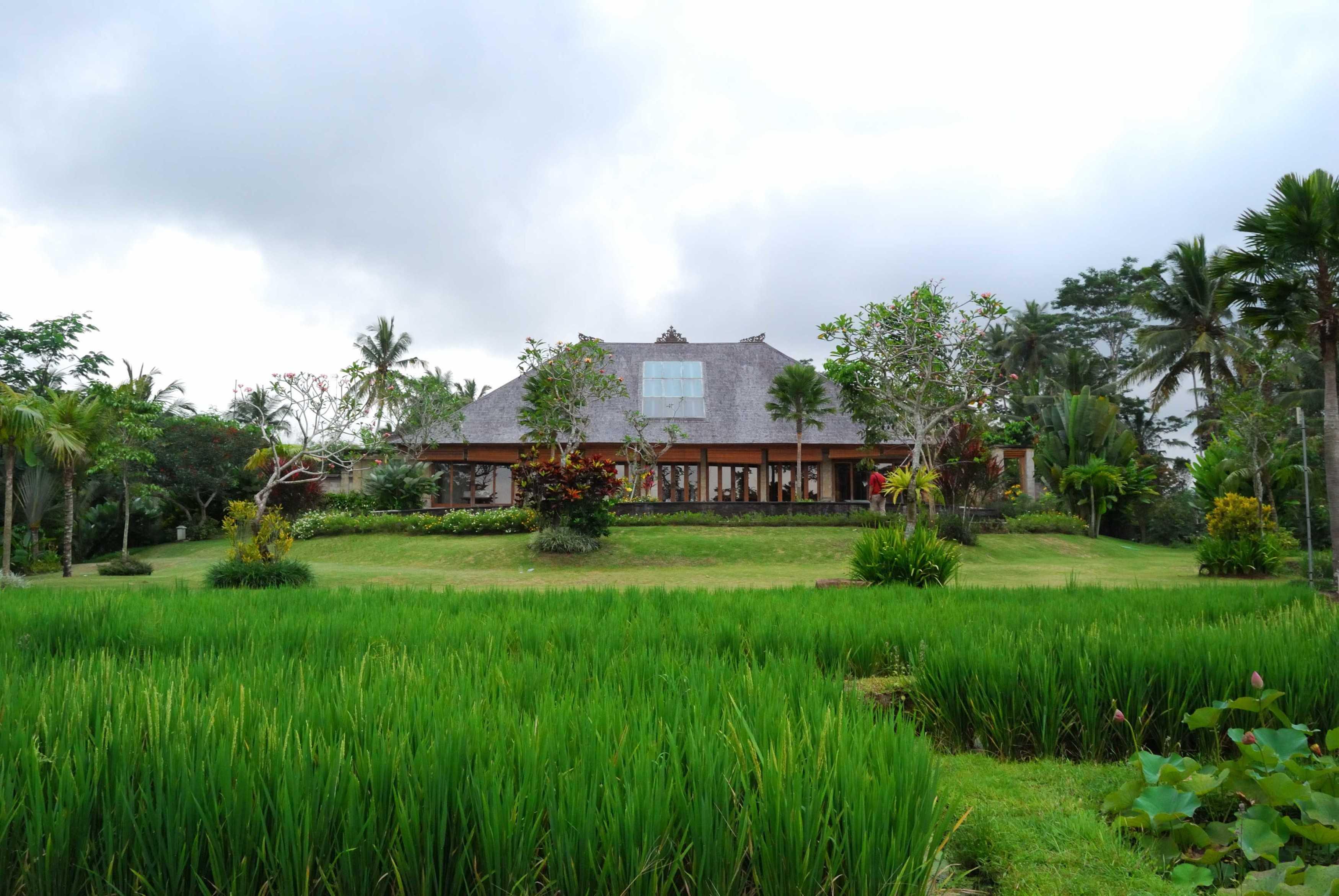 Made Dharmendra Architect Simmita Private Villa Pejeng Kangin, Tampaksiring, Kabupaten Gianyar, Bali, Indonesia Pejeng Kangin, Tampaksiring, Kabupaten Gianyar, Bali, Indonesia Exterior View   49313