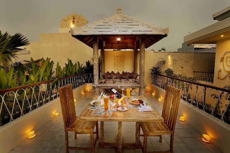 Made Dharmendra Architect D'wina Villa Canggu Canggu, Kuta Utara, Kabupaten Badung, Bali, Indonesia Canggu, Kuta Utara, Kabupaten Badung, Bali, Indonesia Outdoor Dining Area Kontemporer  49388