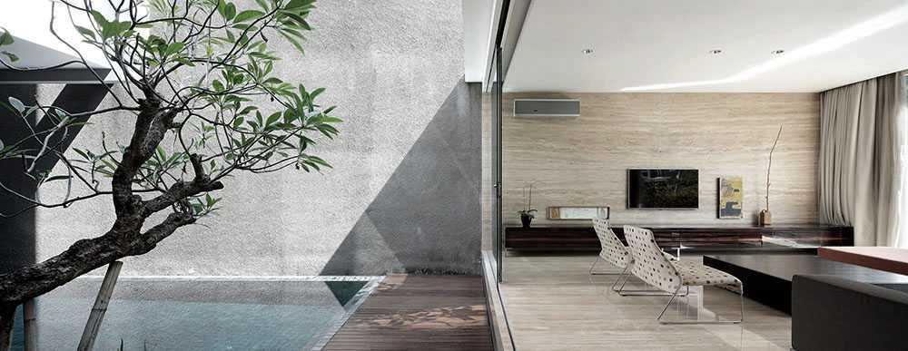 Studiokas S+H House Jakarta, Daerah Khusus Ibukota Jakarta, Indonesia  Swimming Pool View And Family Room Minimalis <P>Kolamg Renang + Ruang Keluarga</p> 50303
