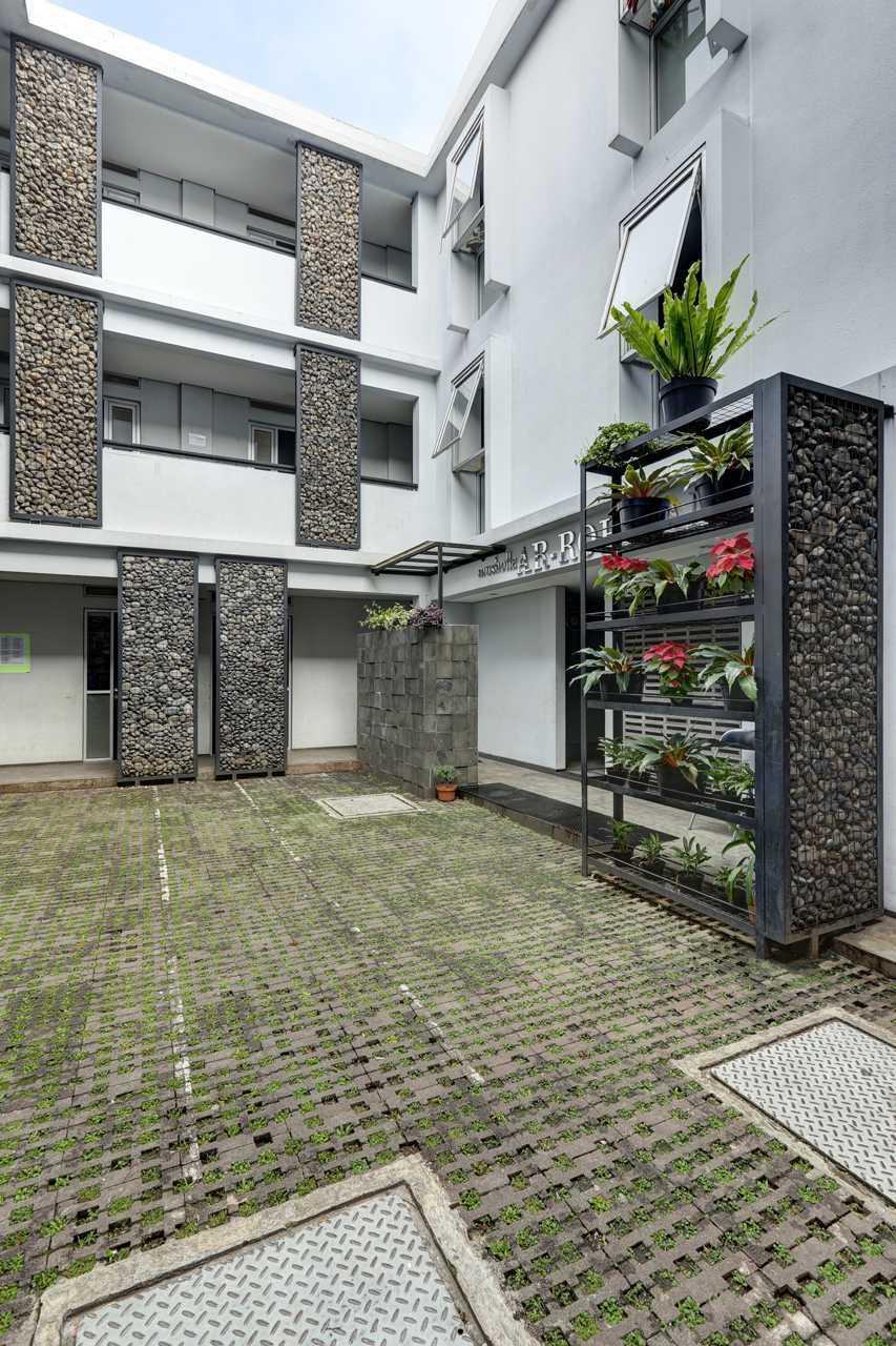 Pt. Urbane Indonesia Rumah Yatim Lodaya Bandung, Kota Bandung, Jawa Barat, Indonesia  Exterior View Modern  52851