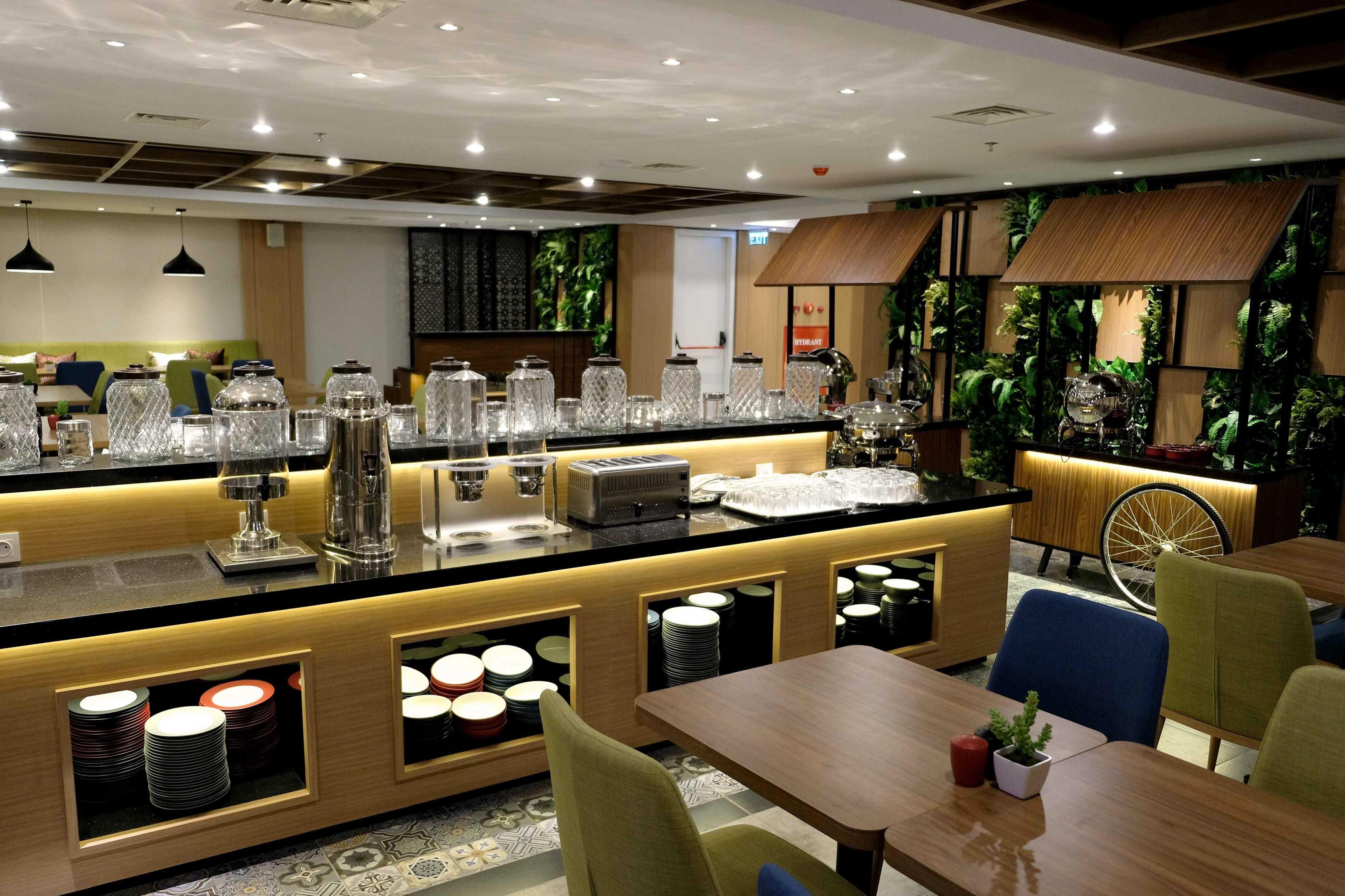 Equil Interior Hotel Dafam Pacific Caesar Surabaya, Kota Sby, Jawa Timur, Indonesia Surabaya, Kota Sby, Jawa Timur, Indonesia Equil-Interior-Hotel-Dafam-Pacific-Caesar   53780