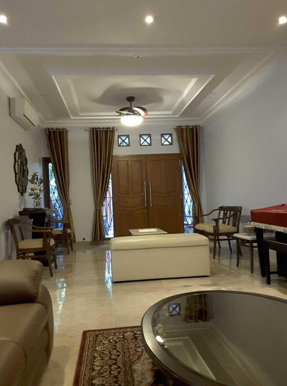 Vaastu Studio     House Park Renovation - Slipi. West Jakarta Slipi . Jakarta Barat - Jakarta . Indonesia Slipi . Jakarta Barat - Jakarta . Indonesia Guest Room  26513