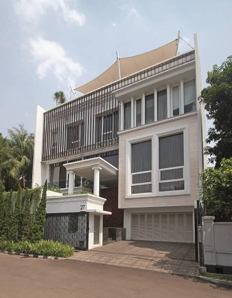 Foto inspirasi ide desain exterior klasik Facade oleh BK Architects di Arsitag
