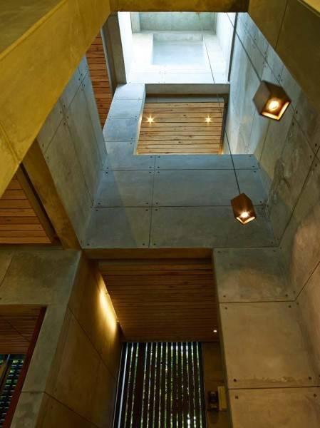 Raw Architecture Bare Minimalist Jakarta, Indonesia Jakarta, Indonesia Stairs Minimalis 1522