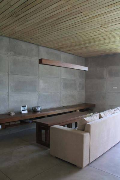 Raw Architecture Bare Minimalist Jakarta, Indonesia Jakarta, Indonesia Raw Living Room  1536