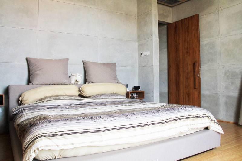 Raw Architecture Bare Minimalist Jakarta, Indonesia Jakarta, Indonesia Master Bedroom  1543