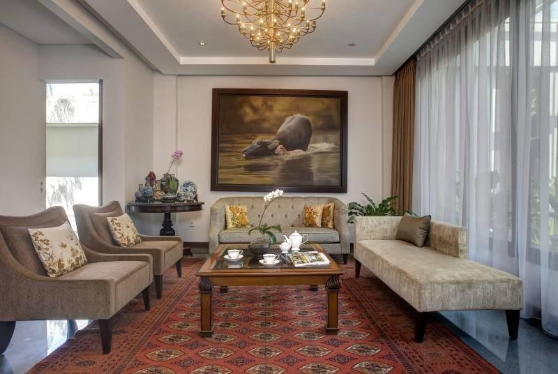 Foto inspirasi ide desain ruang keluarga kontemporer Guest room oleh RAW Architecture di Arsitag