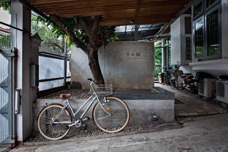 Raw Architecture Raw Office 2Nd St Pulau Ayer 1 Permata Buana, Jakarta 2Nd St Pulau Ayer 1 Permata Buana, Jakarta Raw Office Entrance  1610