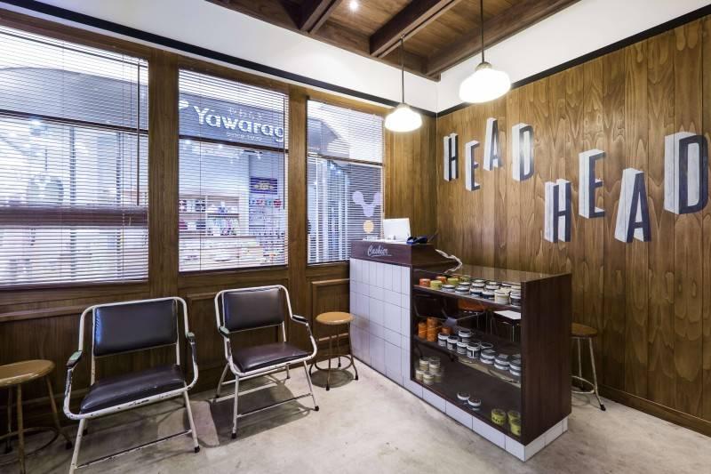 Bitte Design Studio Shortcut Barbershop At Aeon Mall Tangerang, Indonesia Tangerang, Indonesia Cashier And Waiting Area  2007