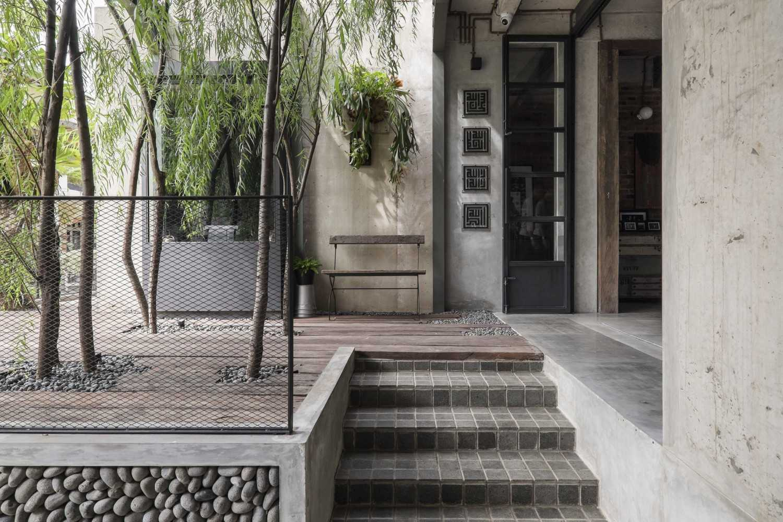 Bitte Design Studio Aa Residence Cimanggis, Indonesia Cimanggis, Indonesia Terrace  23126