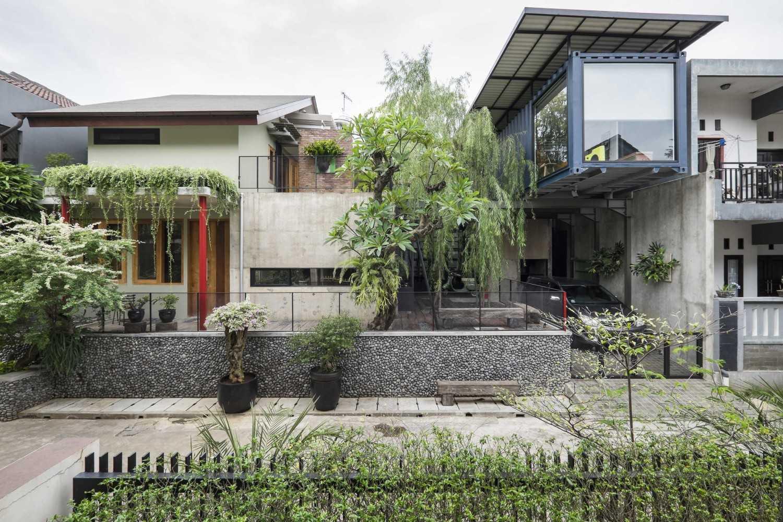 Bitte Design Studio Aa Residence Cimanggis, Indonesia Cimanggis, Indonesia Exterior View  23132