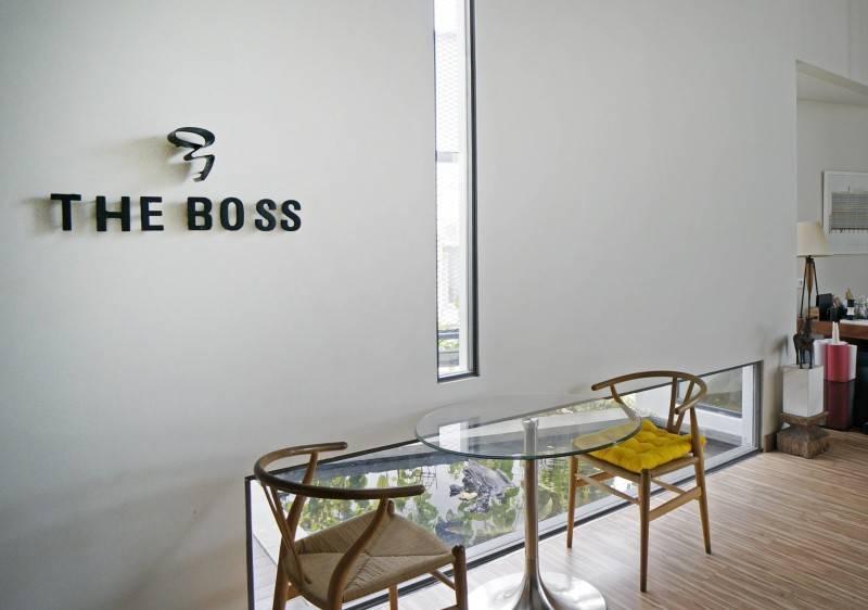Sonny Sutanto Architects Sonny Sutanto Architects New Office Sunter, North Jakarta, Indonesia Sunter, North Jakarta, Indonesia The Boss Lettering  2105